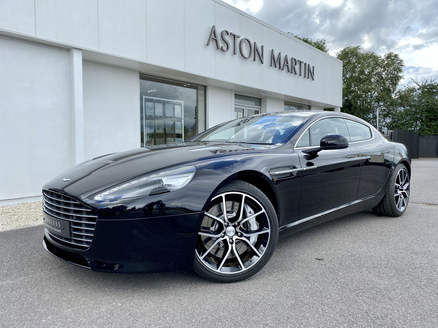 Aston Martin Rapide S V12 [552] 4dr Touchtronic III 8 Spd, Onyx Black And Obsidian Black Leather, Rear Seat Entertainment. image 3
