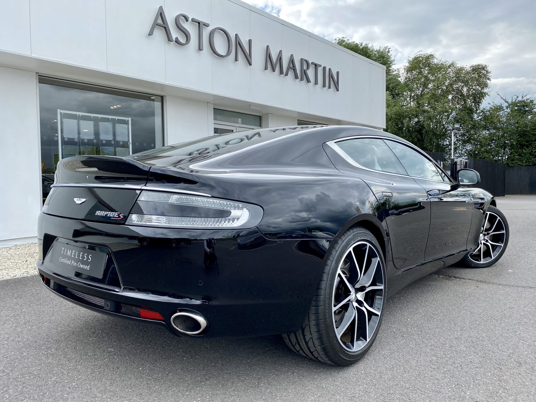 Aston Martin Rapide S V12 [552] 4dr Touchtronic III 8 Spd, Onyx Black And Obsidian Black Leather, Rear Seat Entertainment. image 7