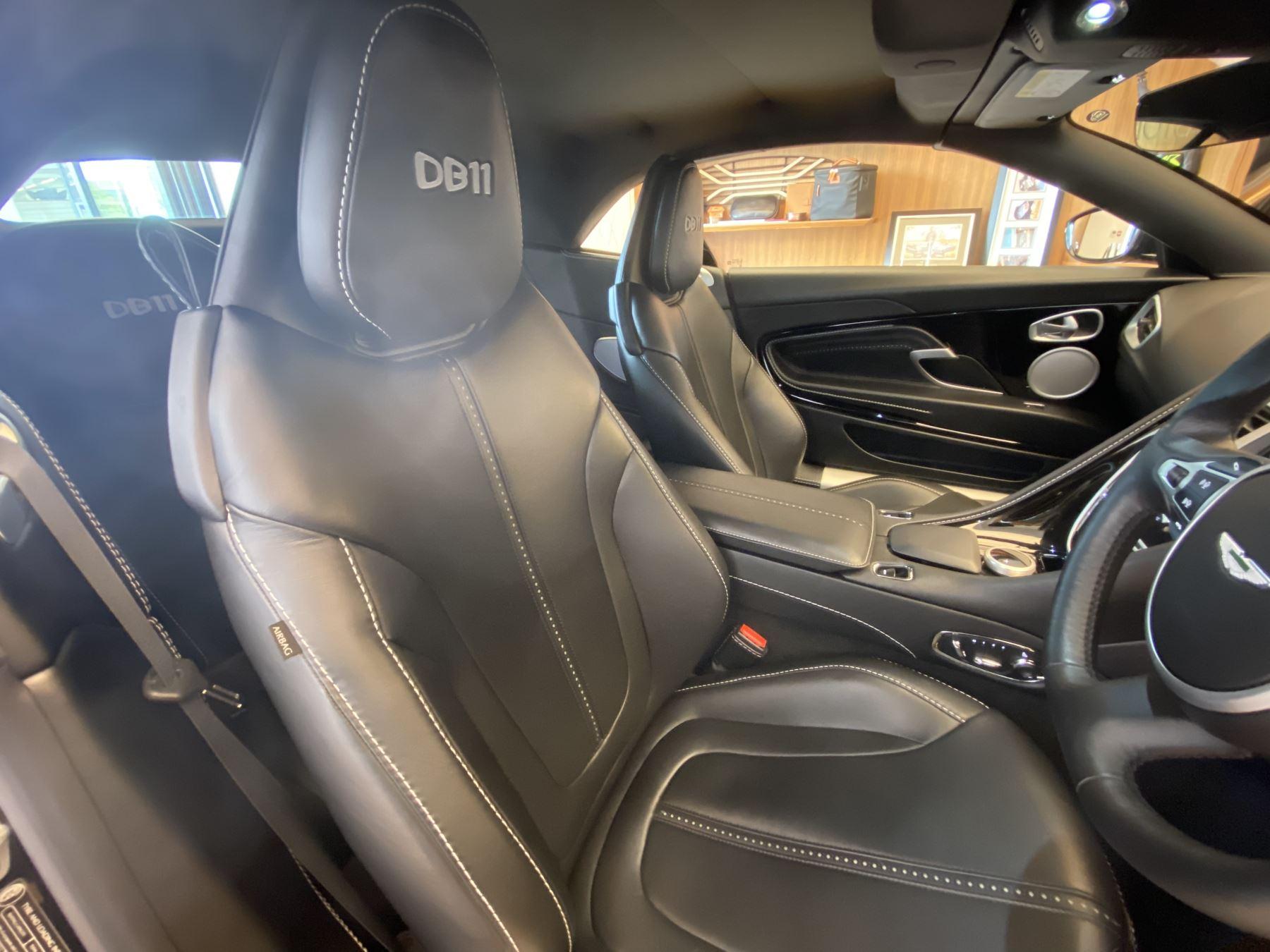 Aston Martin DB11 Volante V8 Volante Touchtronic image 8