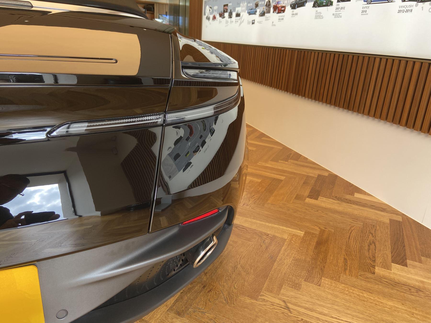 Aston Martin DB11 Volante V8 Volante Touchtronic image 22