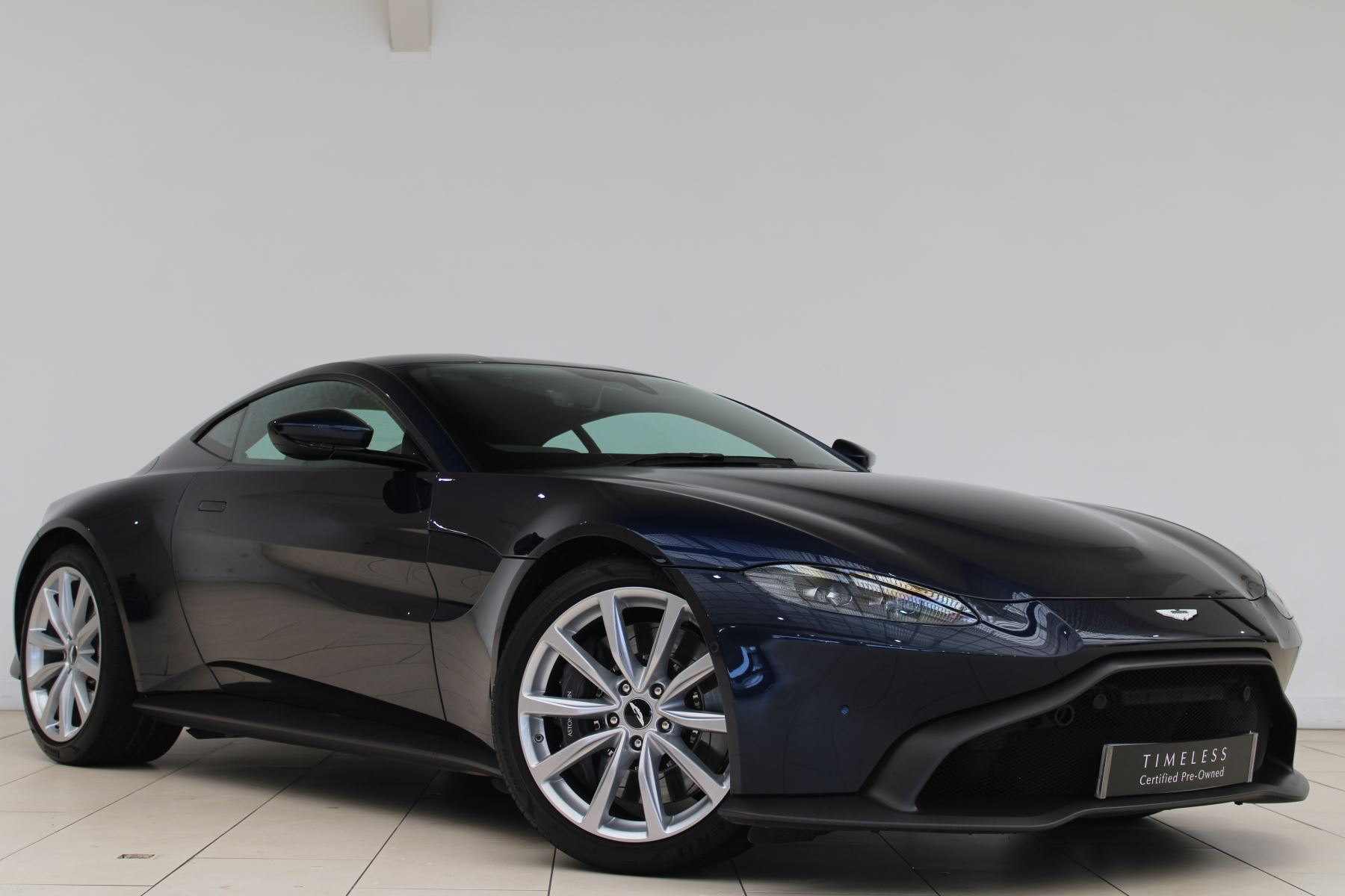 Aston Martin New Vantage 2dr ZF 8 Speed 3982.0 Automatic 3 door Coupe (2019)
