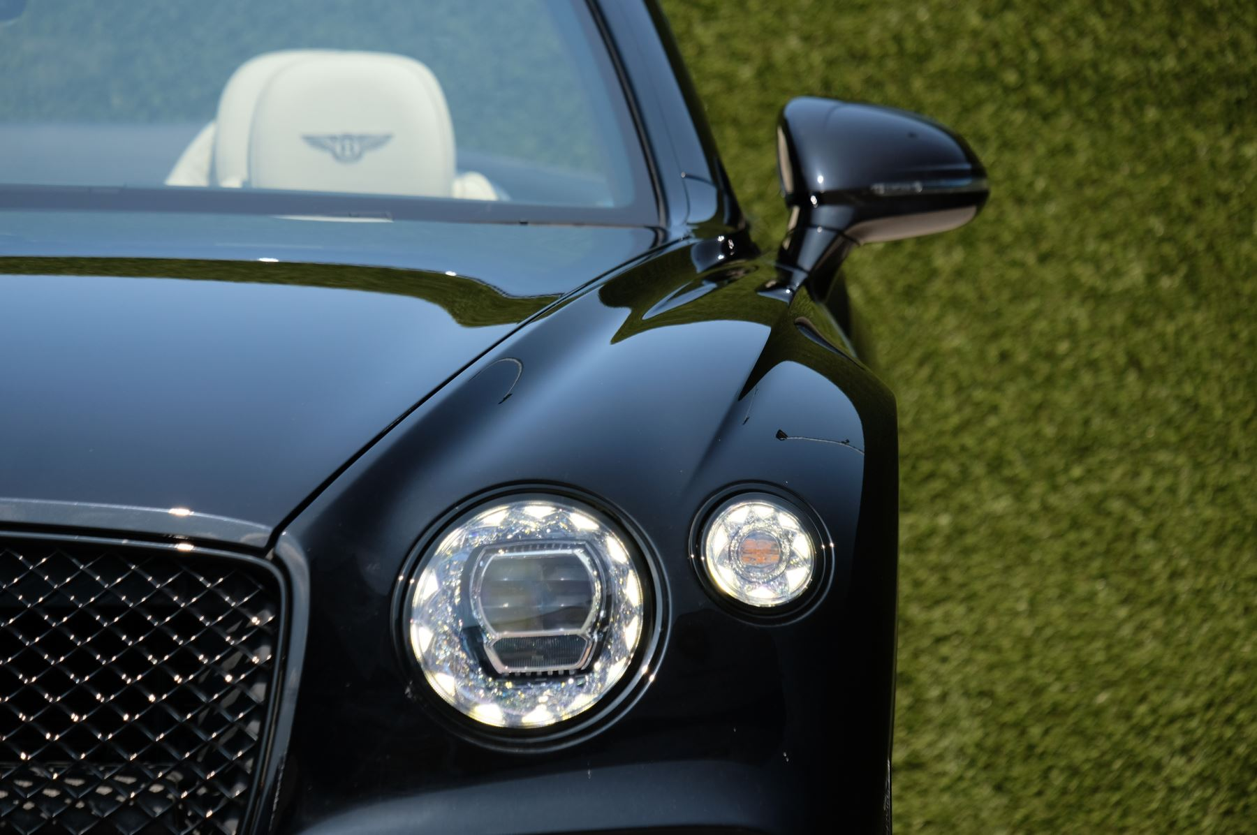 Bentley Continental GTC 6.0 W12 - Mulliner Driving Specification and Centenary Specification image 6