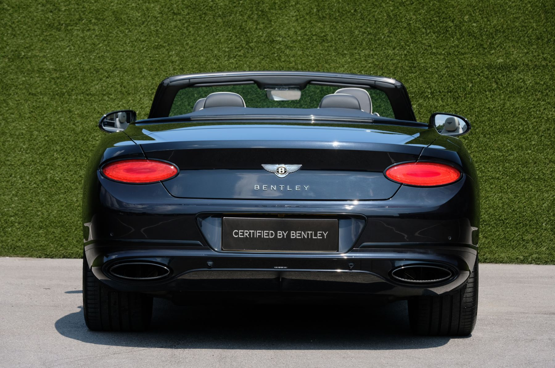 Bentley Continental GTC 6.0 W12 - Mulliner Driving Specification and Centenary Specification image 4