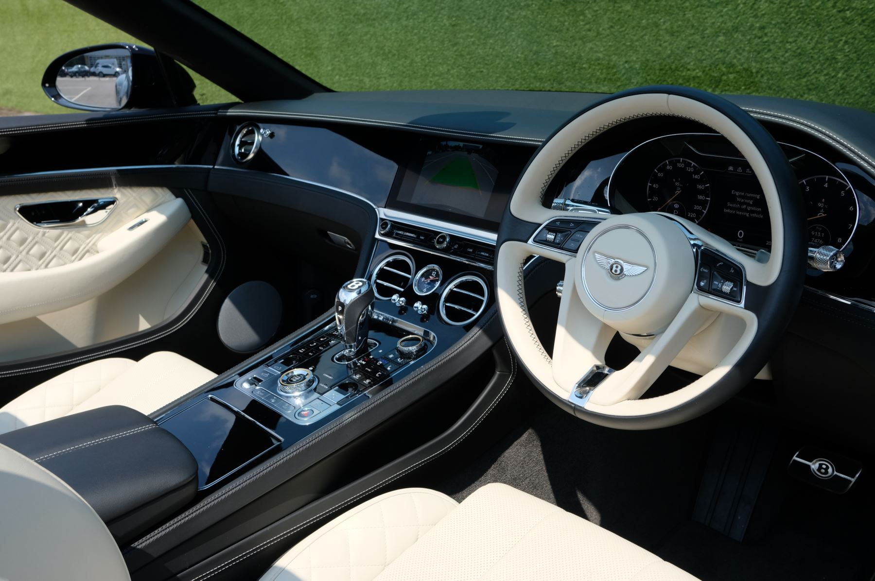 Bentley Continental GTC 6.0 W12 - Mulliner Driving Specification and Centenary Specification image 10