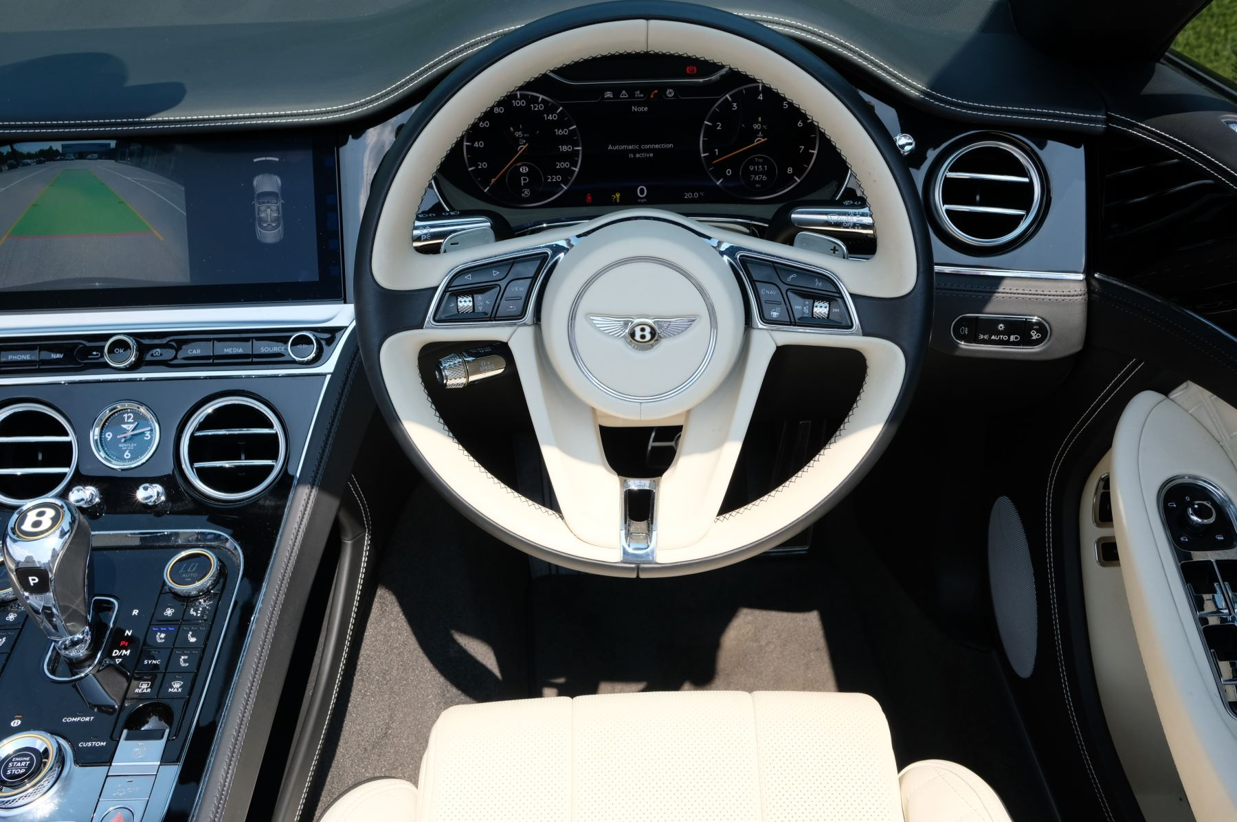 Bentley Continental GTC 6.0 W12 - Mulliner Driving Specification and Centenary Specification image 13