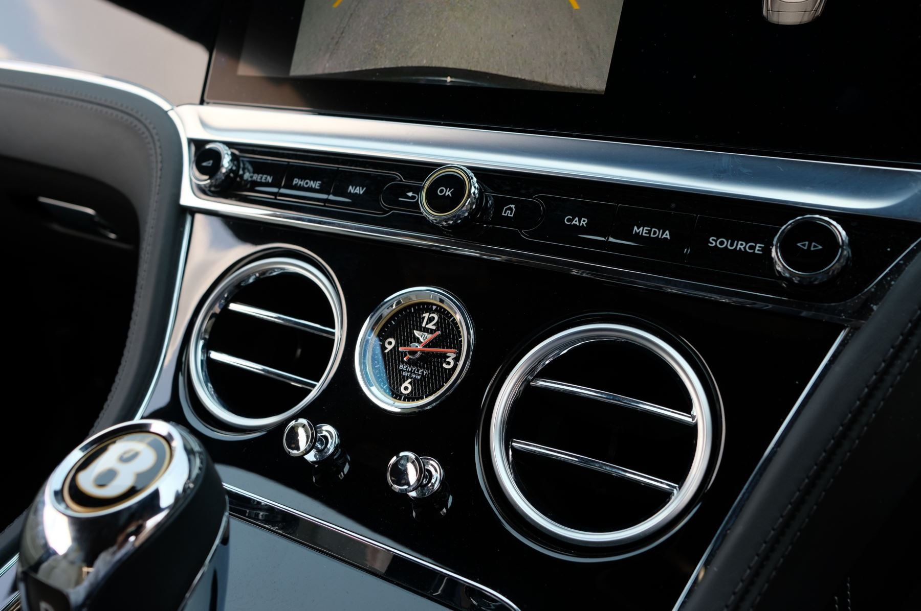Bentley Continental GTC 6.0 W12 - Mulliner Driving Specification and Centenary Specification image 19
