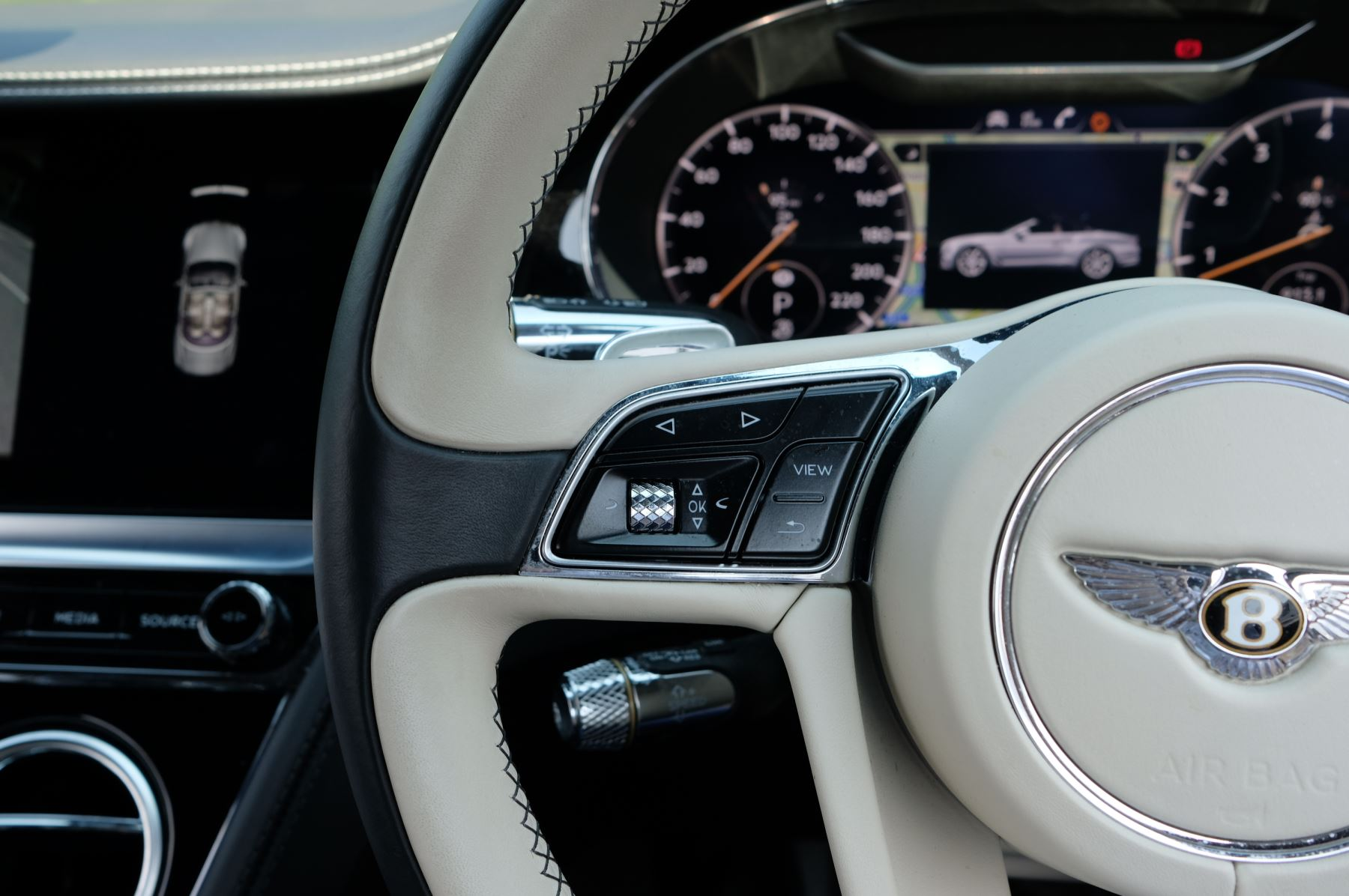Bentley Continental GTC 6.0 W12 - Mulliner Driving Specification and Centenary Specification image 21