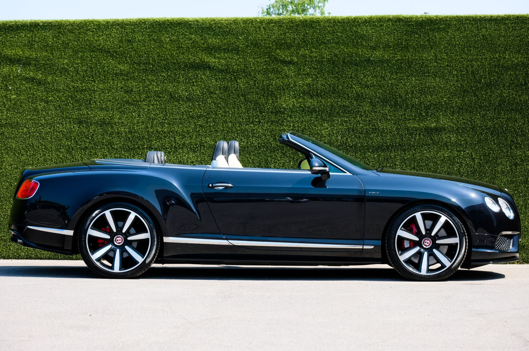 Bentley Continental GTC 4.0 V8 S - Mulliner Driving Specification image 3