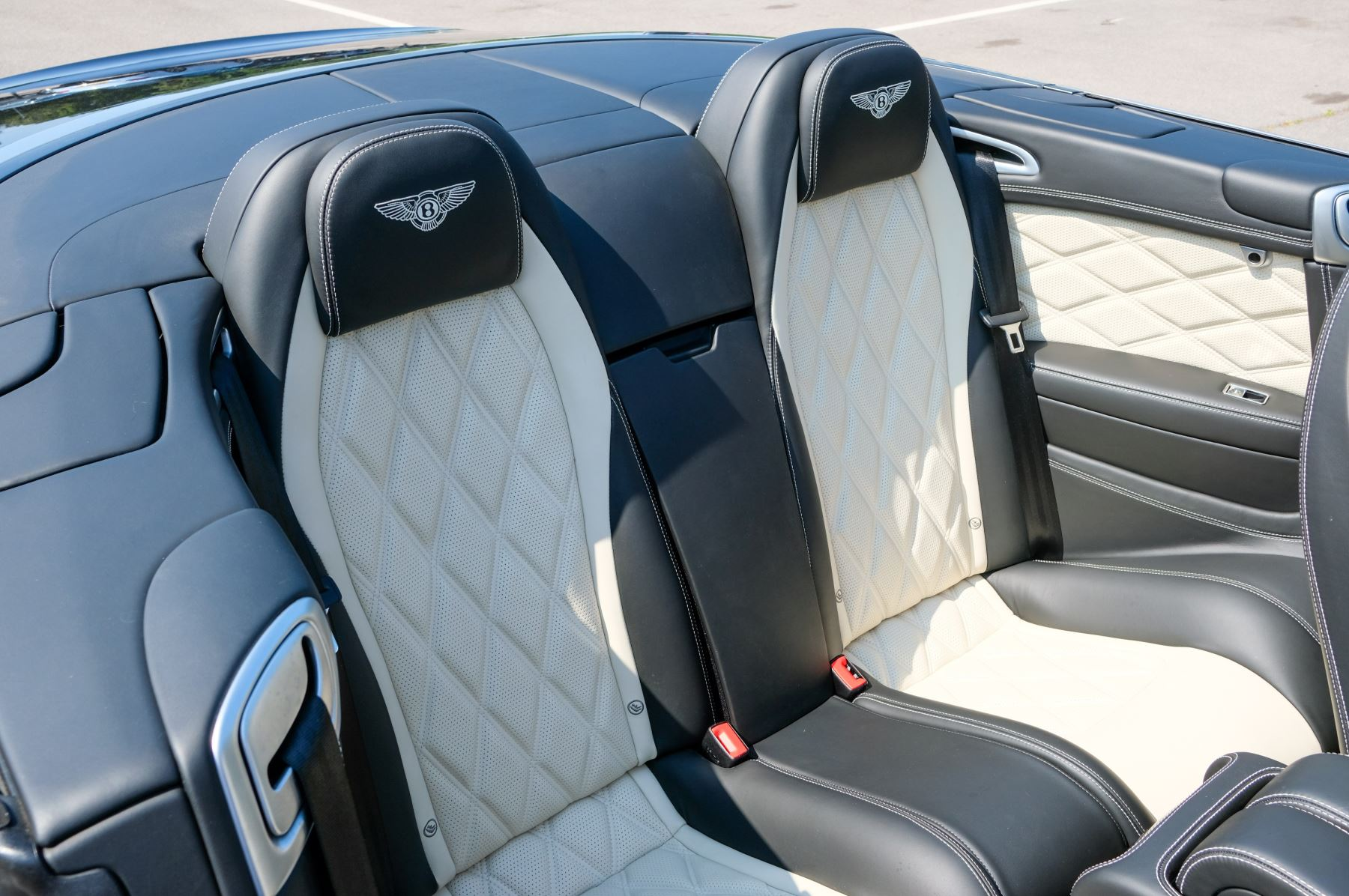Bentley Continental GTC 4.0 V8 S - Mulliner Driving Specification image 12