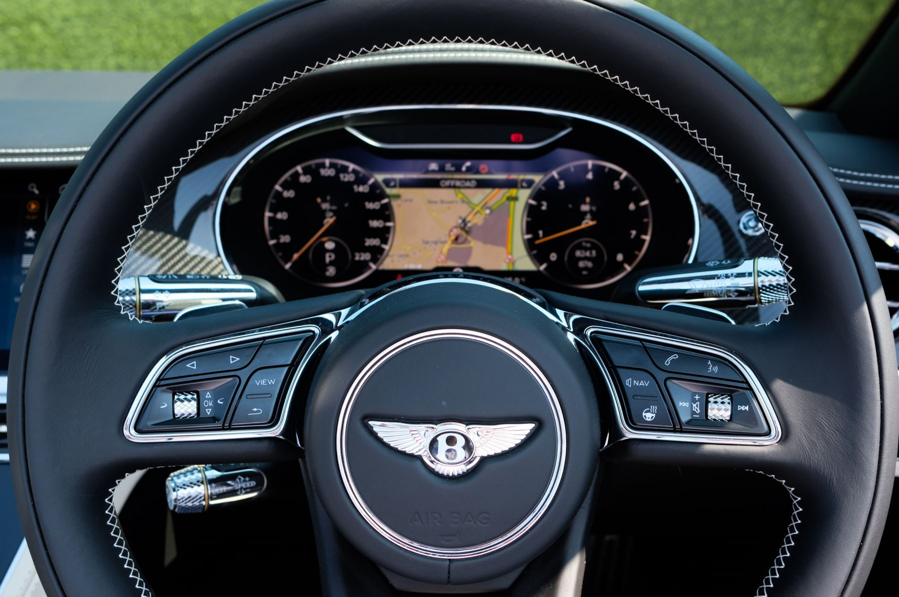 Bentley Continental GTC 4.0 V8 - Mulliner Driving Specification and Blackline Specification with 22 Inch Alloys image 15