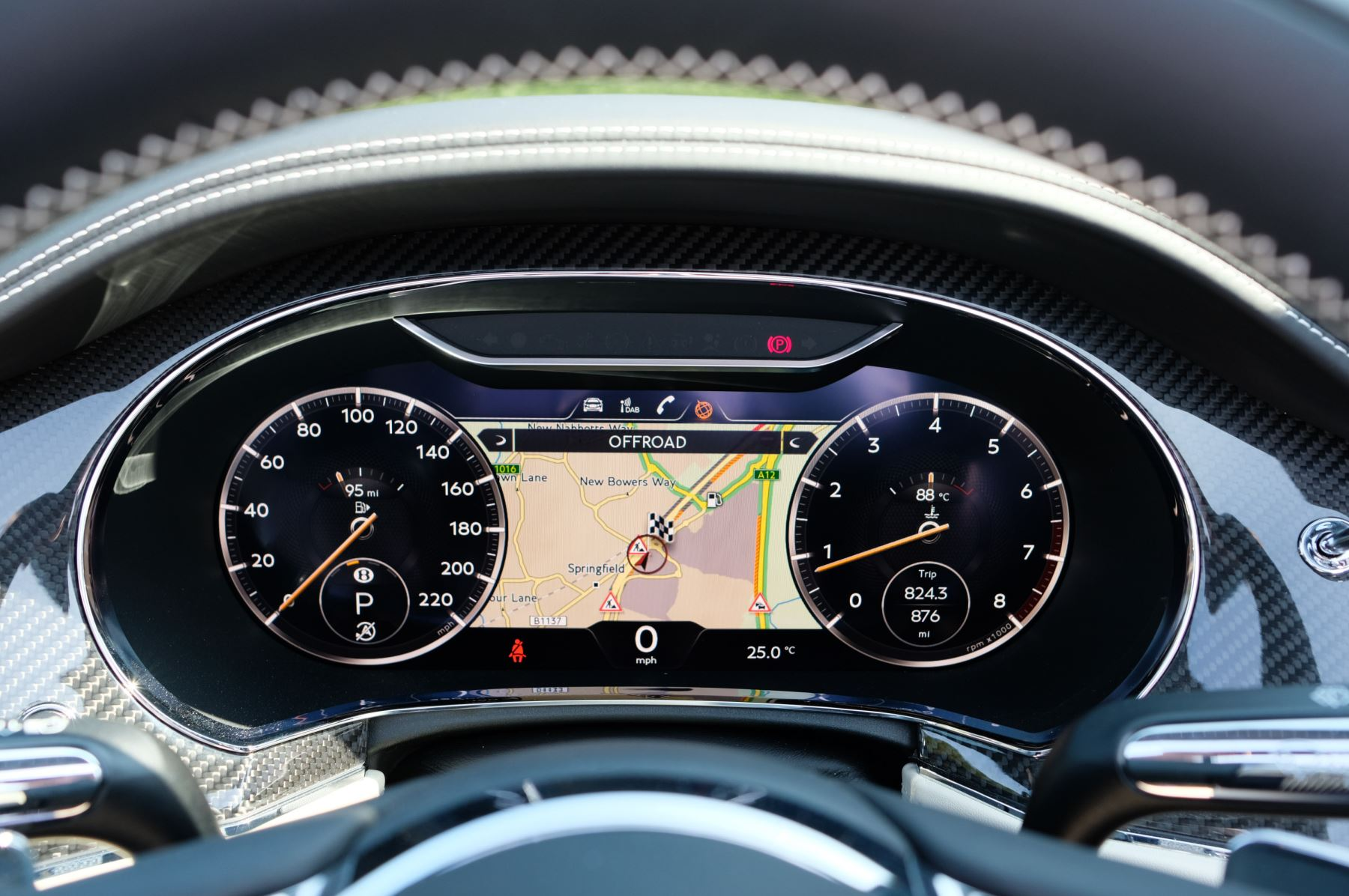 Bentley Continental GTC 4.0 V8 - Mulliner Driving Specification and Blackline Specification with 22 Inch Alloys image 16