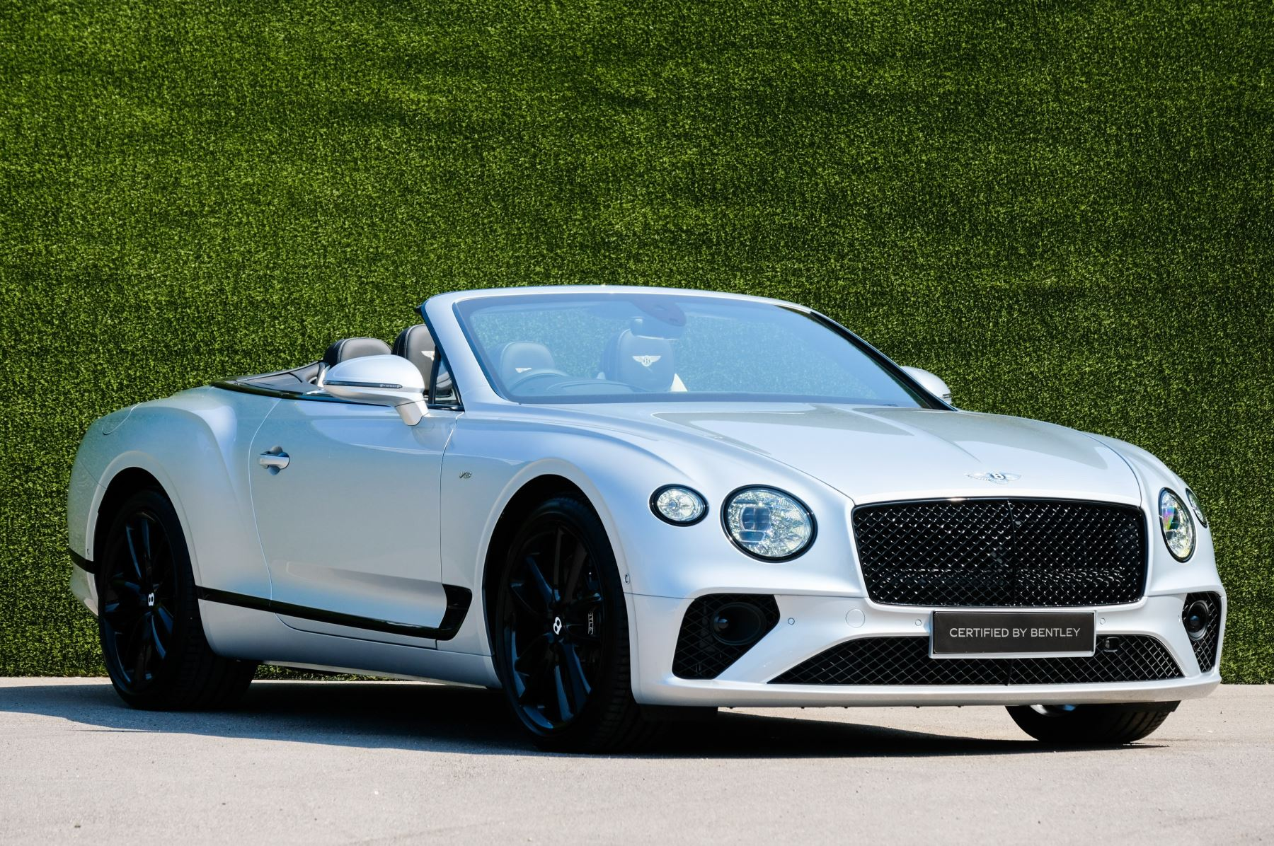 Bentley Continental GTC 4.0 V8 - Mulliner Driving Specification and Blackline Specification with 22 Inch Alloys Automatic 2 door Convertible (2021)