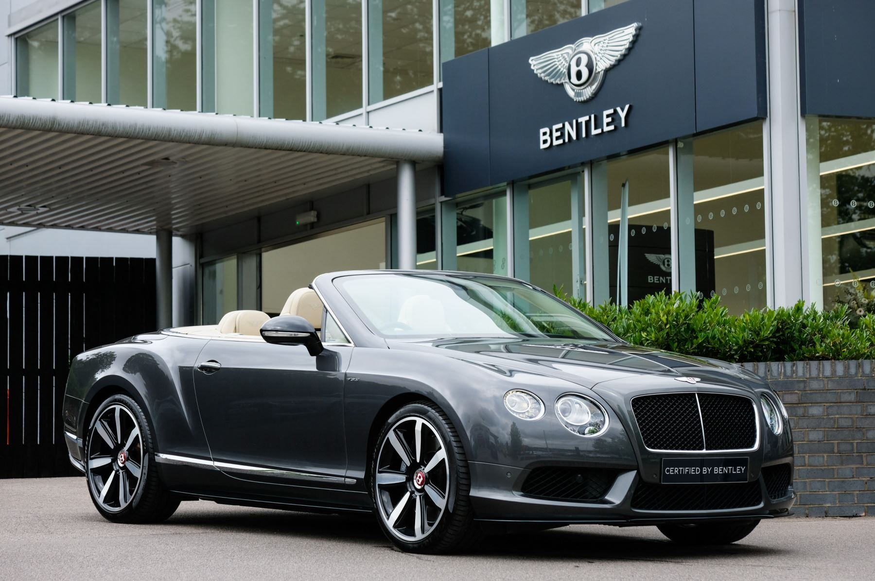 Bentley Continental GTC 4.0 V8 S - Ventilated Front Seats with Massage Function Automatic 2 door Convertible