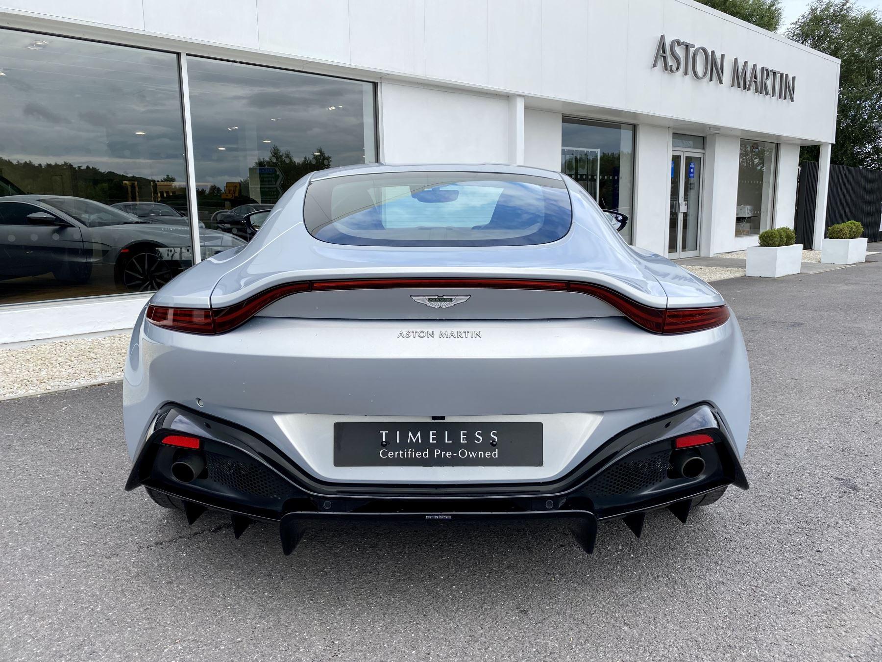 Aston Martin New Vantage 2dr ZF 8 Speed reversing camera . Heated & ventilated seats . Sports pplus seats .  image 6