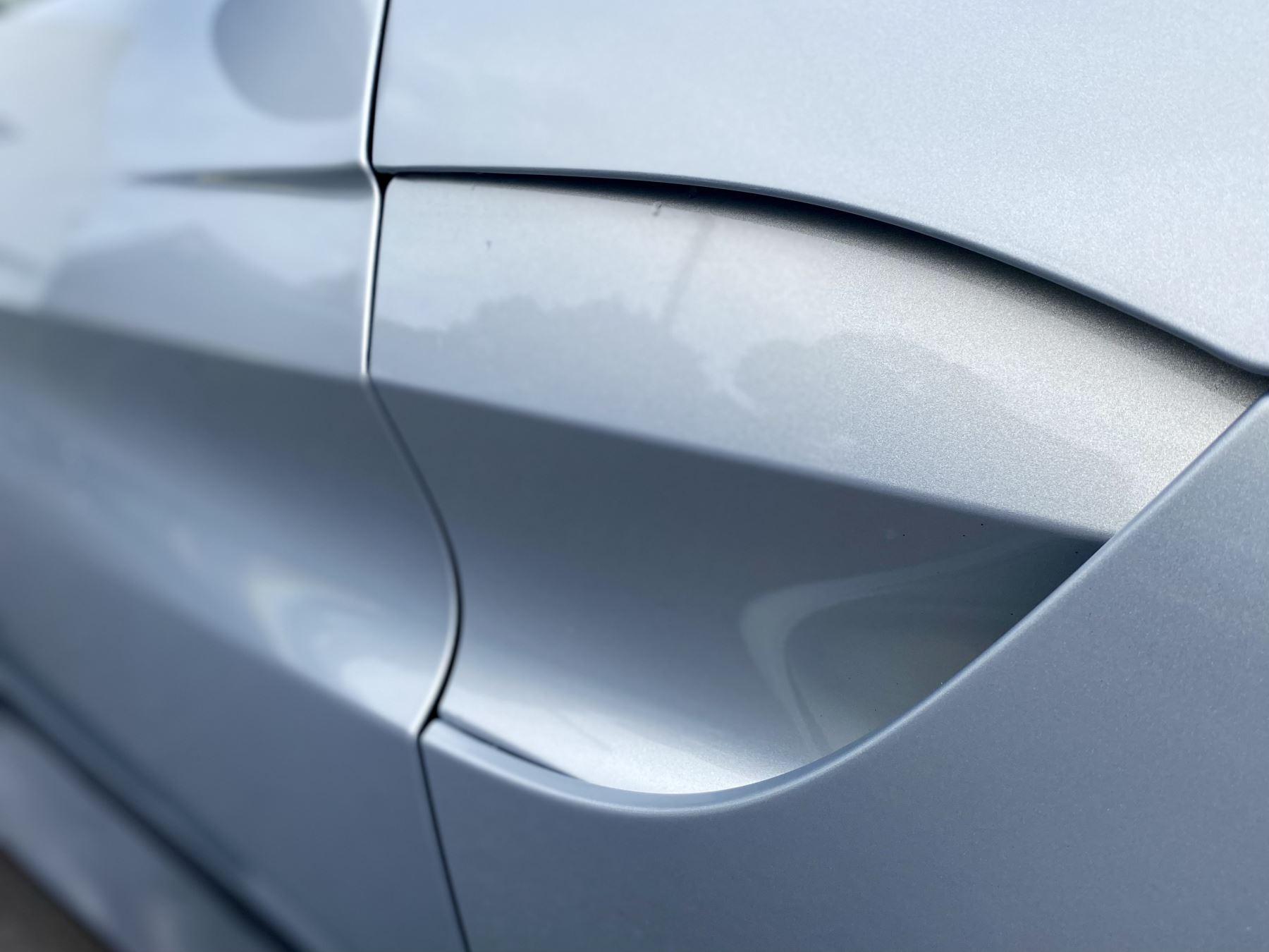 Aston Martin New Vantage 2dr ZF 8 Speed reversing camera . Heated & ventilated seats . Sports pplus seats .  image 12