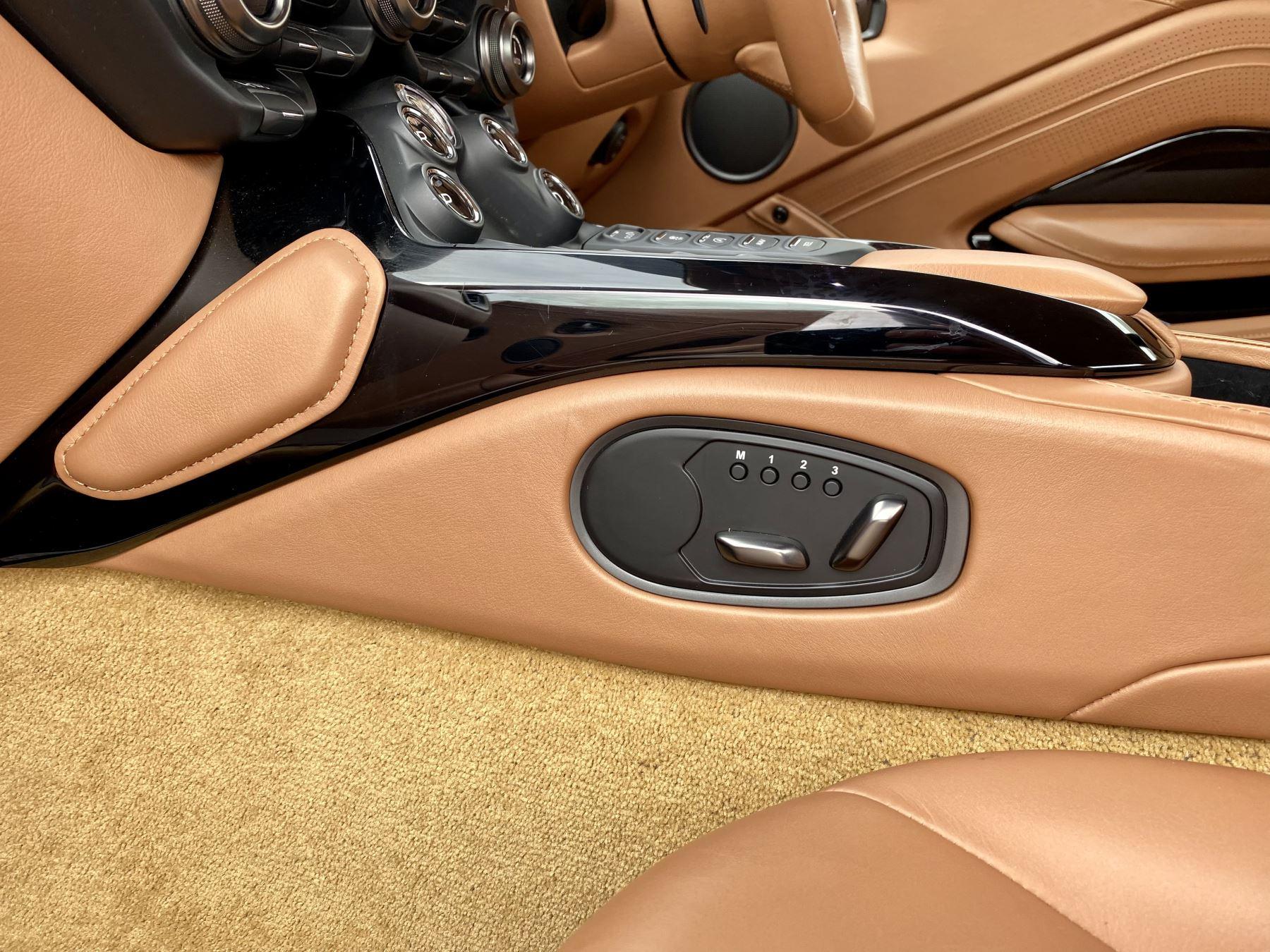 Aston Martin New Vantage 2dr ZF 8 Speed reversing camera . Heated & ventilated seats . Sports pplus seats .  image 23