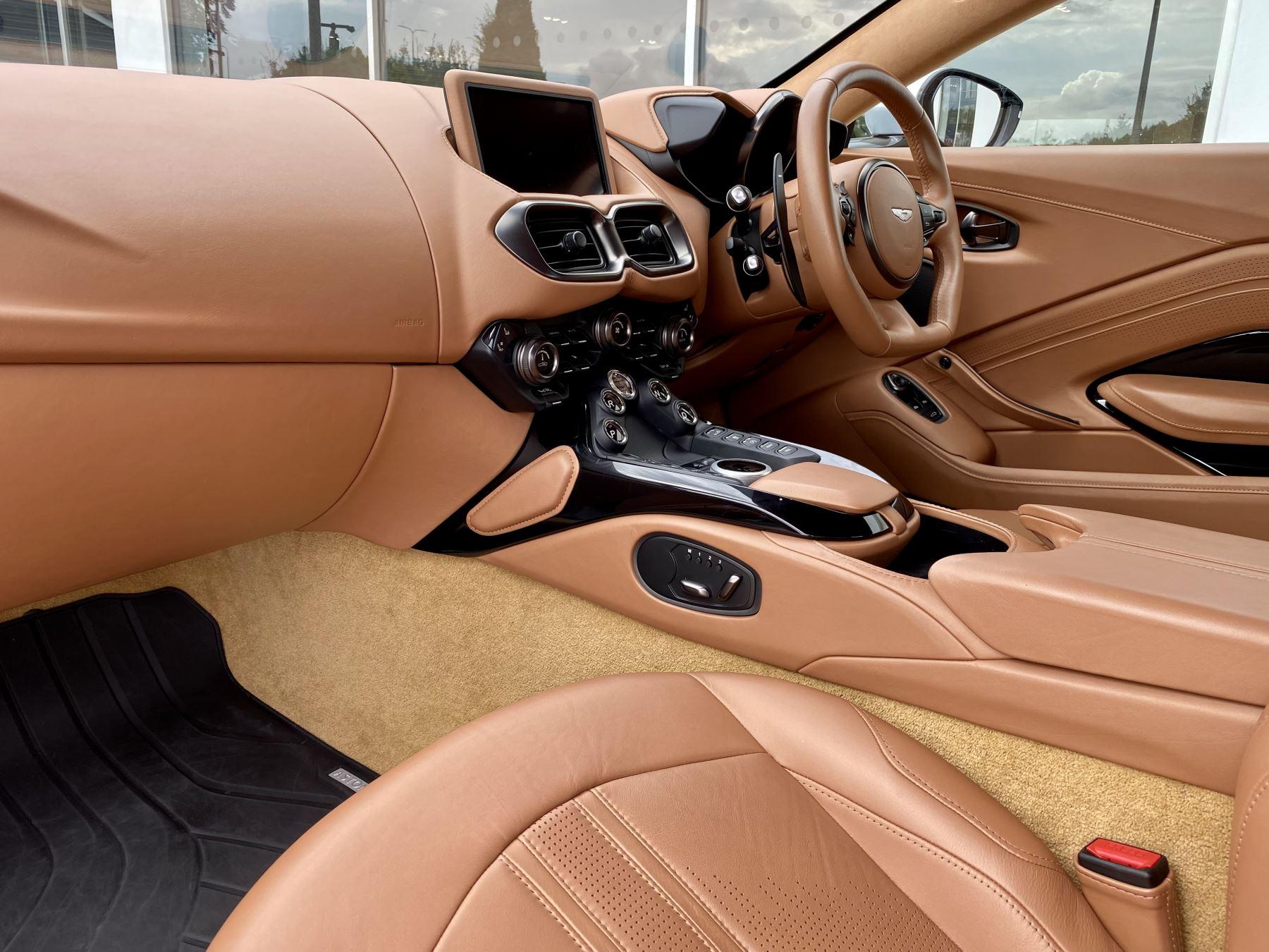 Aston Martin New Vantage 2dr ZF 8 Speed reversing camera . Heated & ventilated seats . Sports pplus seats .  image 20