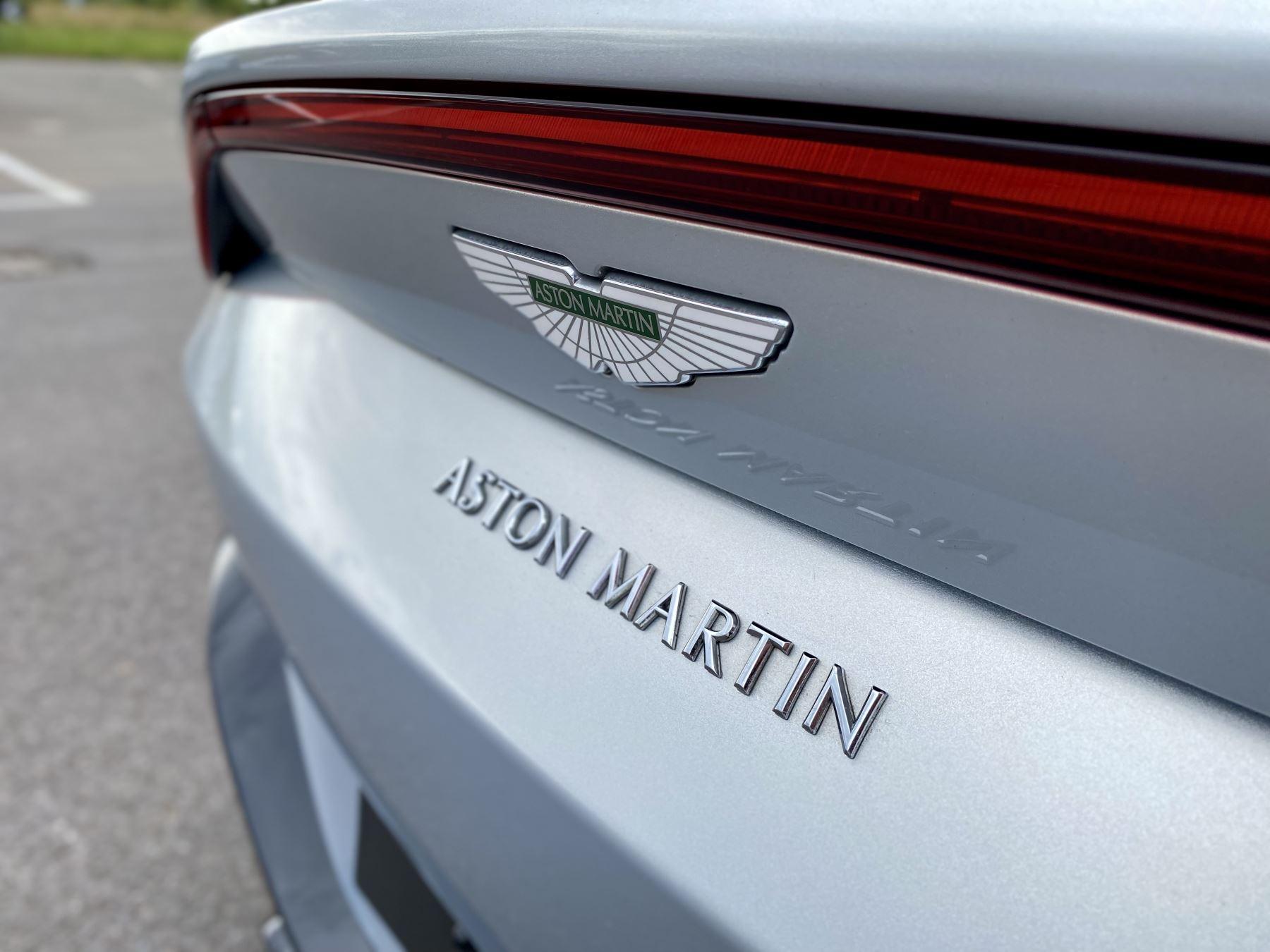 Aston Martin New Vantage 2dr ZF 8 Speed reversing camera . Heated & ventilated seats . Sports pplus seats .  image 13