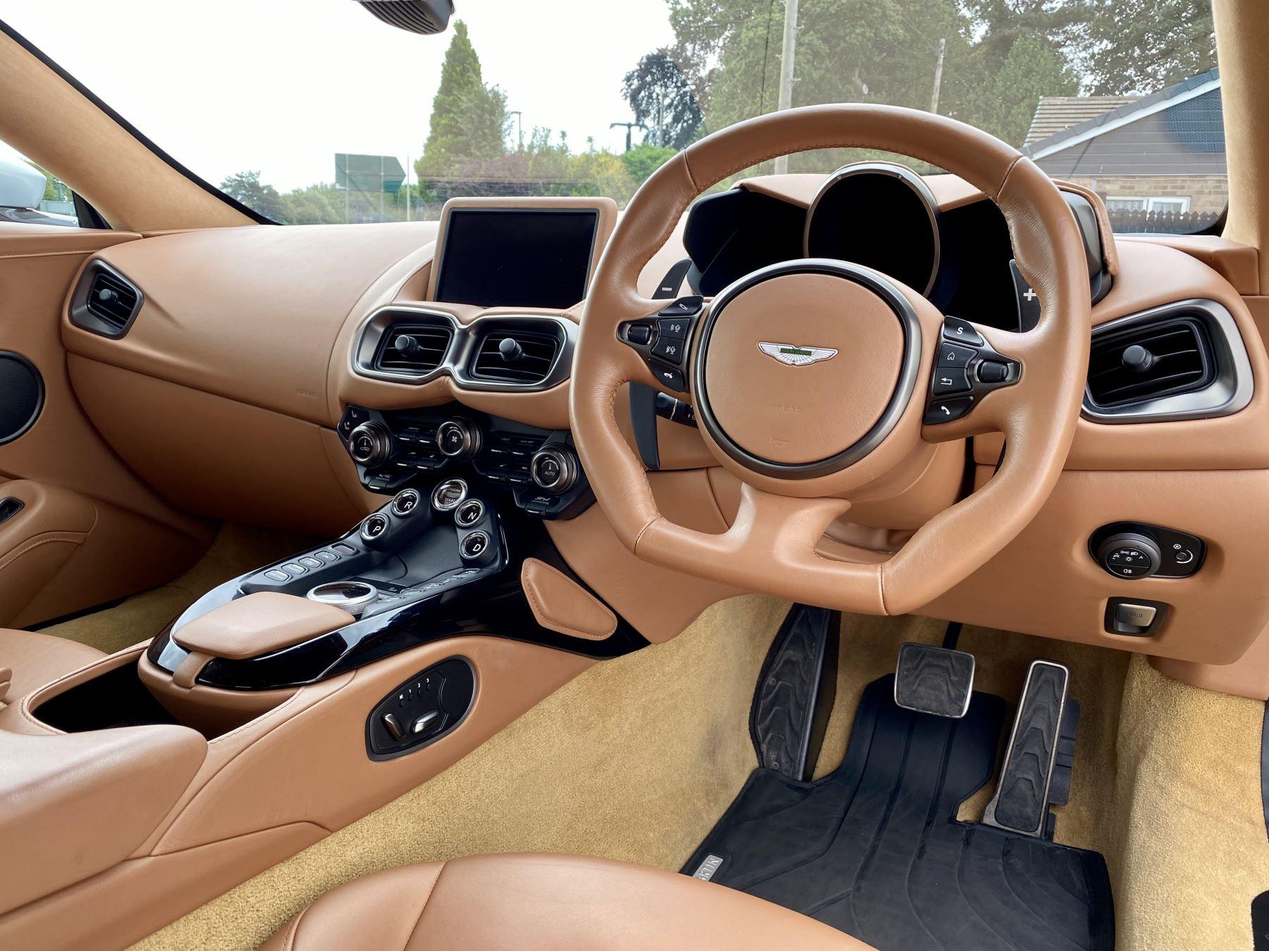 Aston Martin New Vantage 2dr ZF 8 Speed reversing camera . Heated & ventilated seats . Sports pplus seats .  image 25