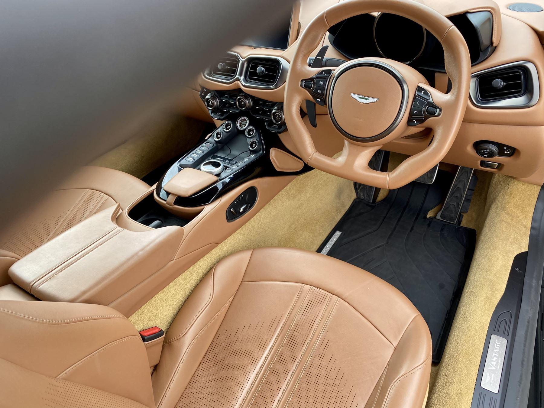 Aston Martin New Vantage 2dr ZF 8 Speed reversing camera . Heated & ventilated seats . Sports pplus seats .  image 16