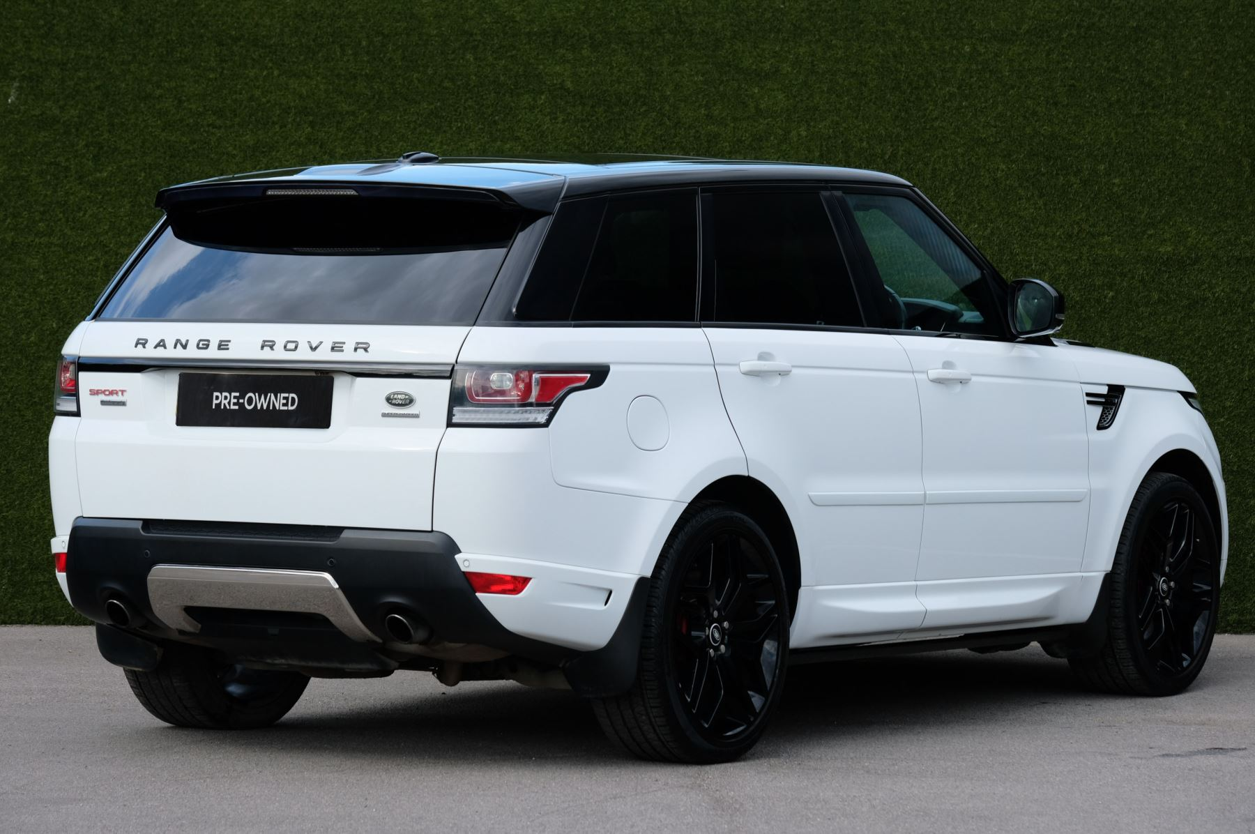 Land Rover Range Rover Sport 5.0 V8 S/C Autobiography Dynamic - 22 Inch Alloy Wheels - LED Signature Lights - 360 Camera image 6