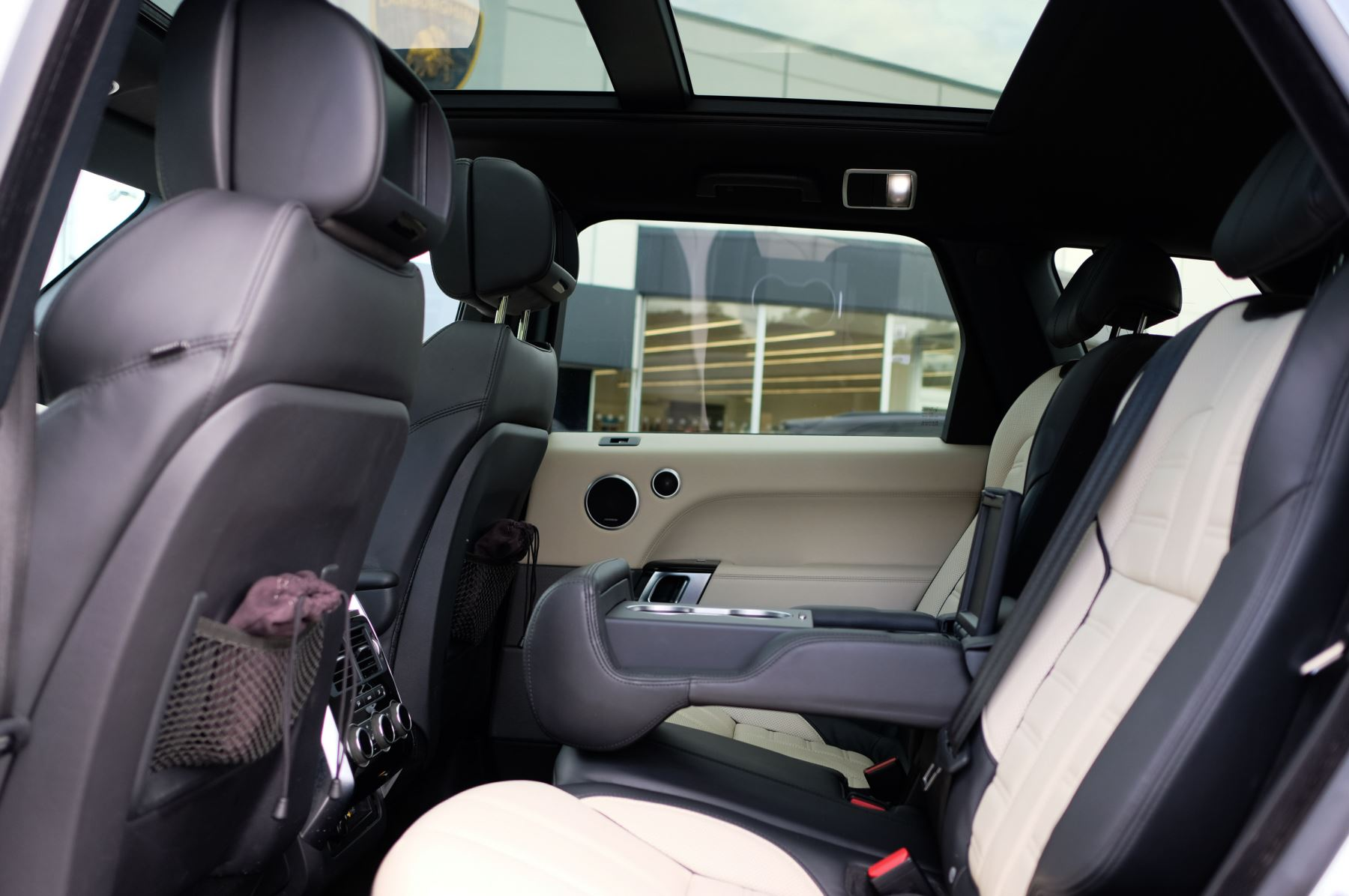 Land Rover Range Rover Sport 5.0 V8 S/C Autobiography Dynamic - 22 Inch Alloy Wheels - LED Signature Lights - 360 Camera image 13