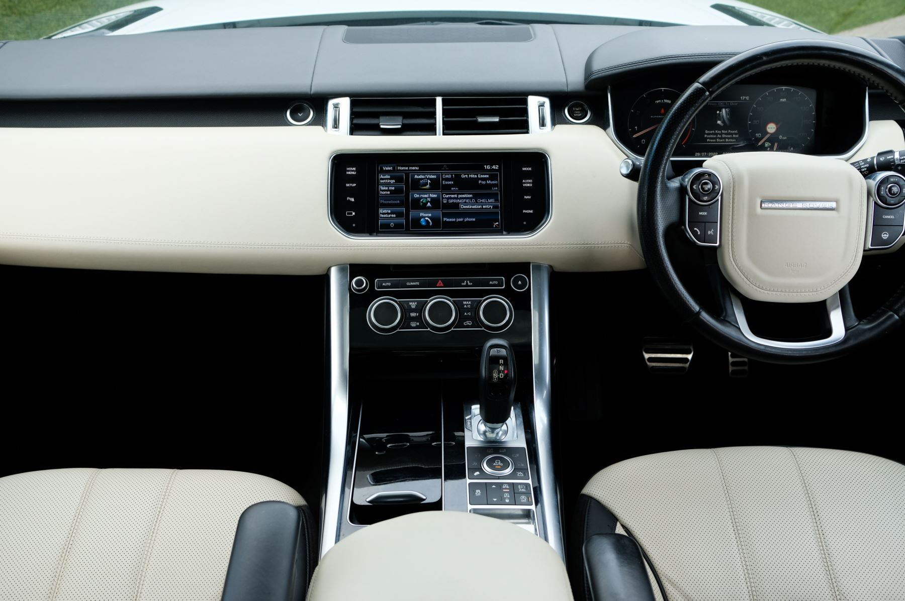 Land Rover Range Rover Sport 5.0 V8 S/C Autobiography Dynamic - 22 Inch Alloy Wheels - LED Signature Lights - 360 Camera image 19