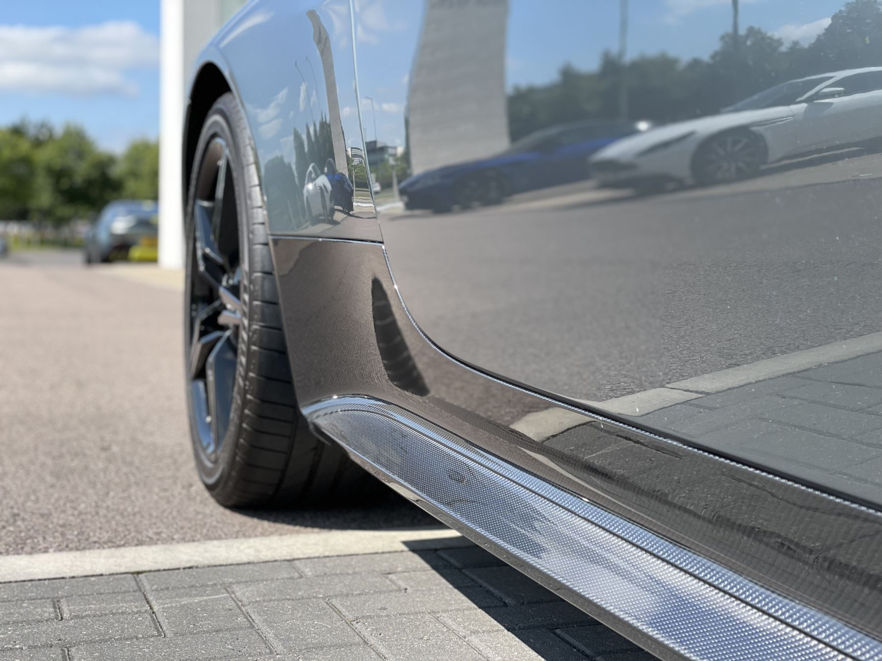 Aston Martin V8 Vantage S Coupe AMR 2dr image 12
