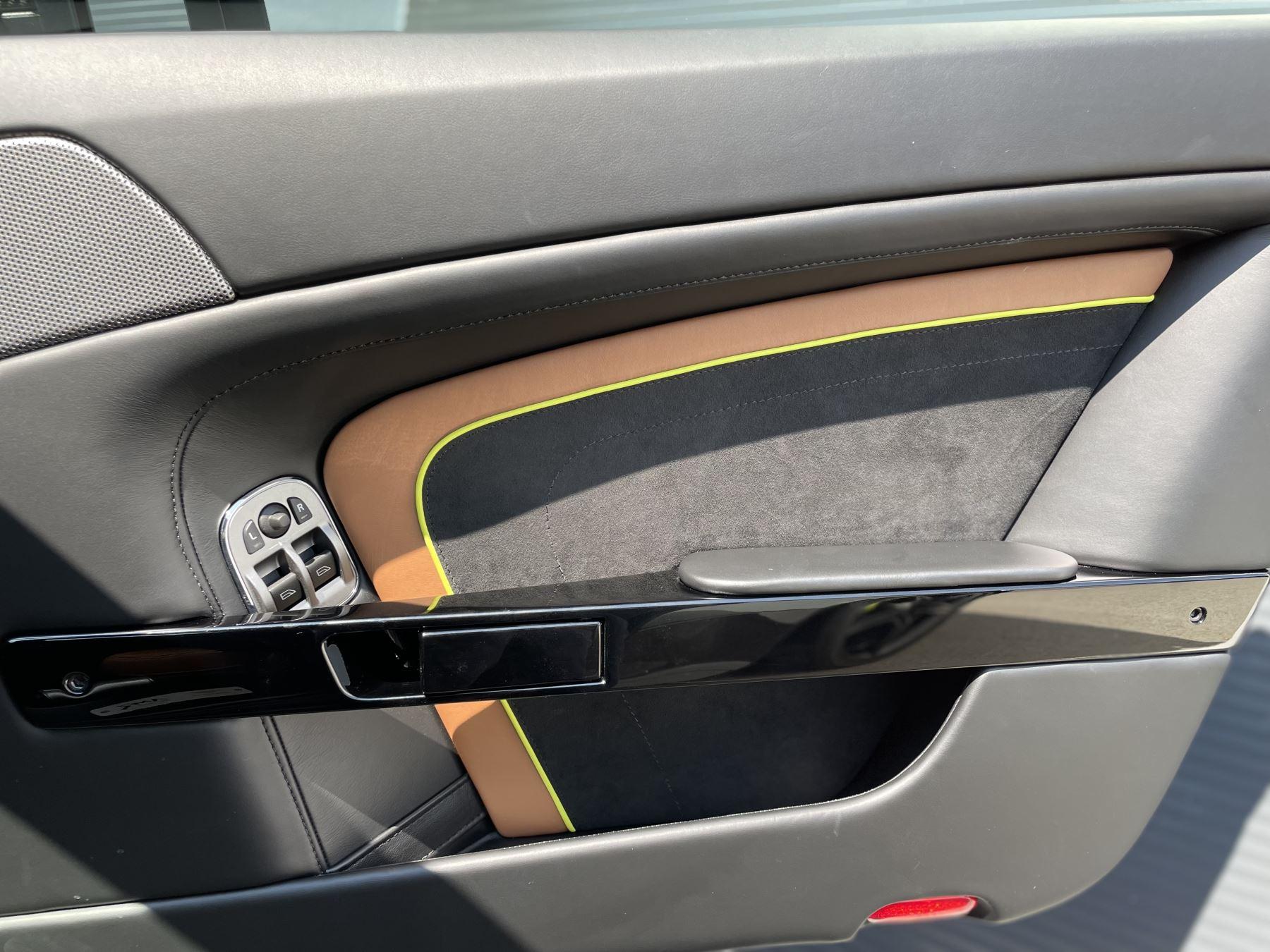 Aston Martin V8 Vantage S Coupe AMR 2dr image 20