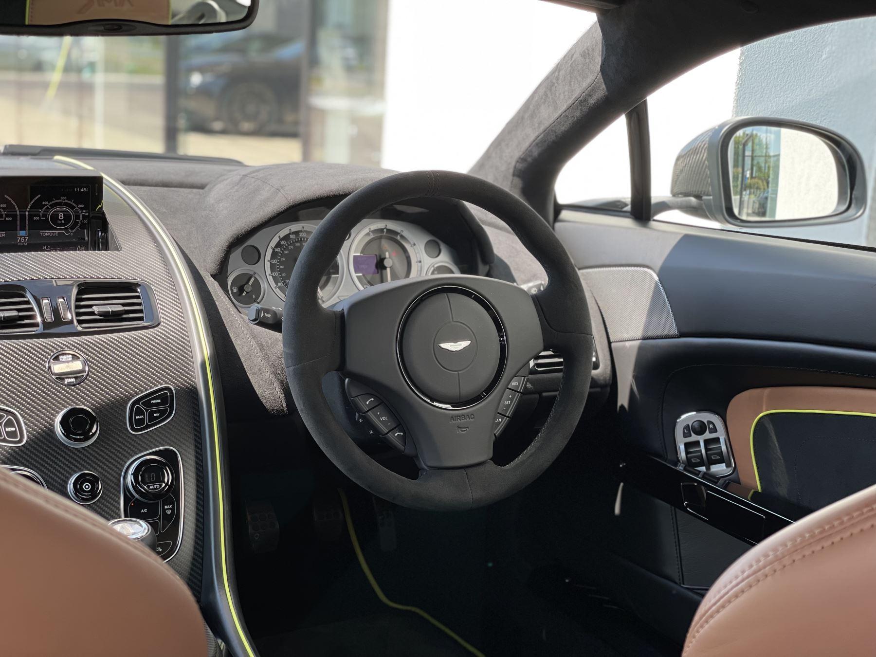 Aston Martin V8 Vantage S Coupe AMR 2dr image 22