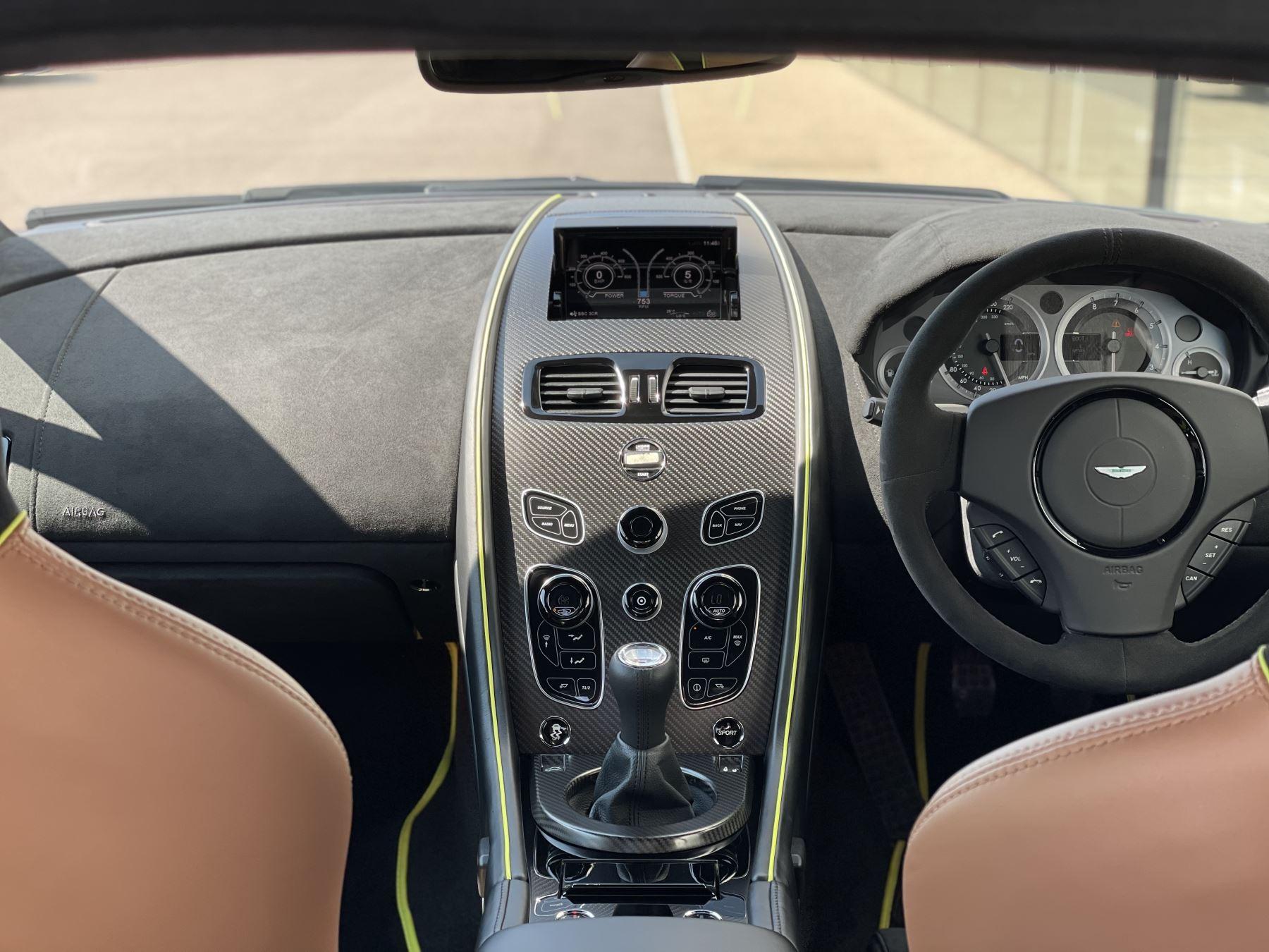 Aston Martin V8 Vantage S Coupe AMR 2dr image 23