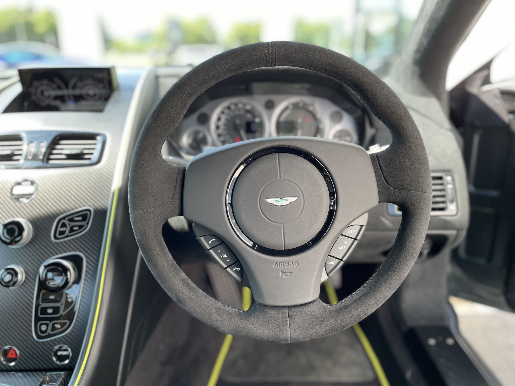 Aston Martin V8 Vantage S Coupe AMR 2dr image 26