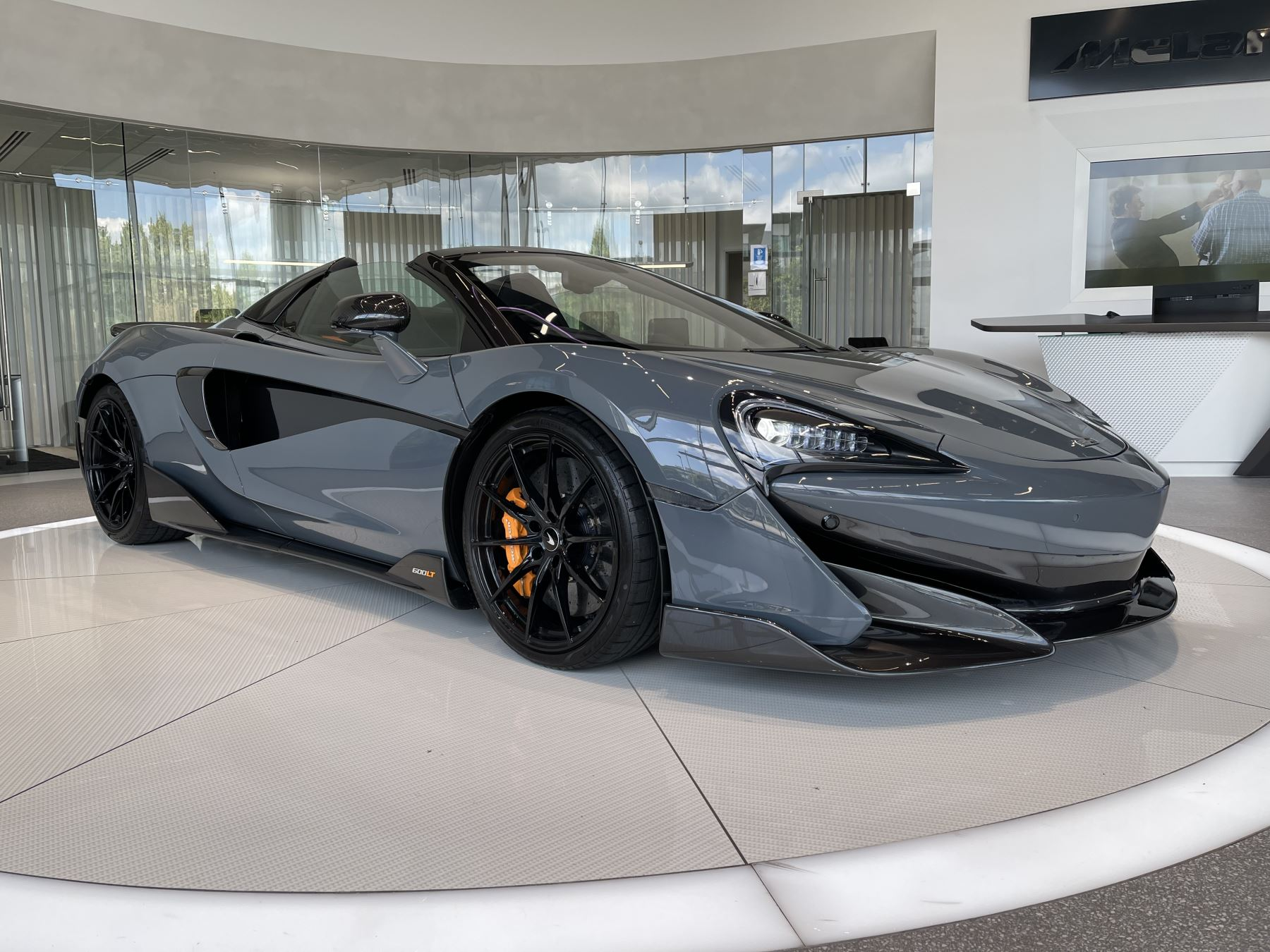 McLaren 600LT Spider V8 SSG image 1