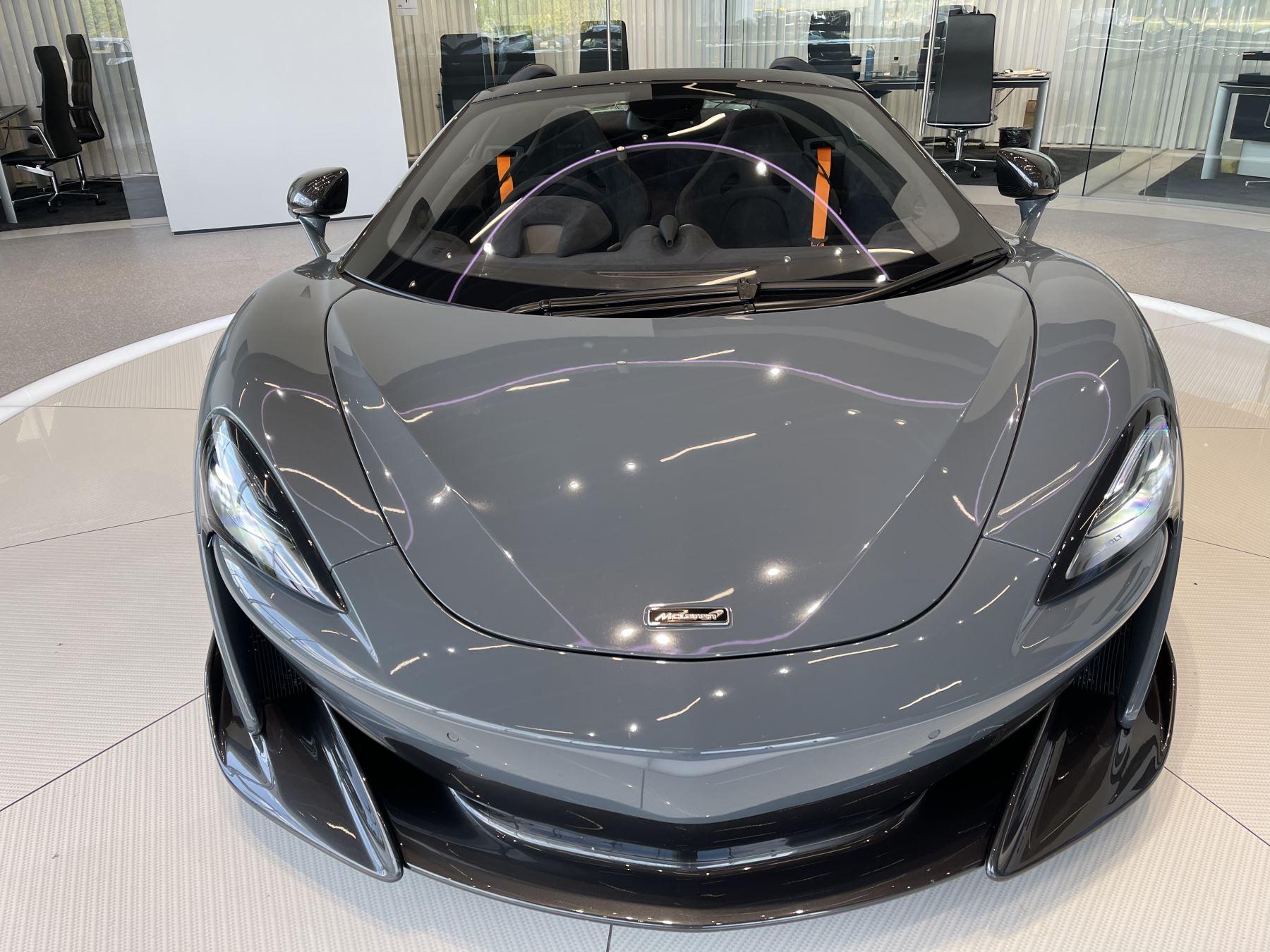 McLaren 600LT Spider V8 SSG image 4