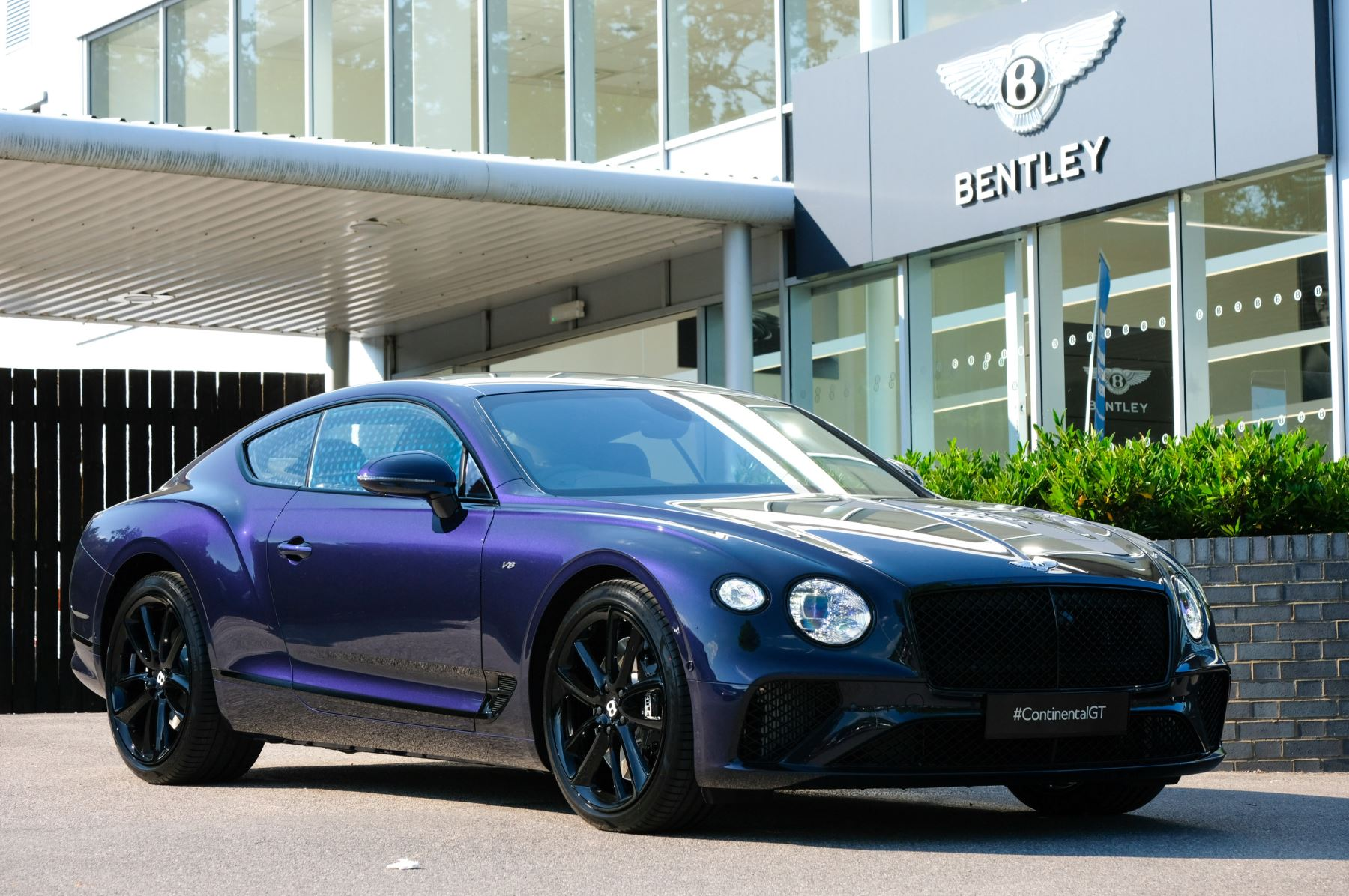 Bentley Continental GT Mulliner Driving Specification with Black Painted Wheel - Exclusive to Continental Black 4.0 Automatic 2 door Saloon