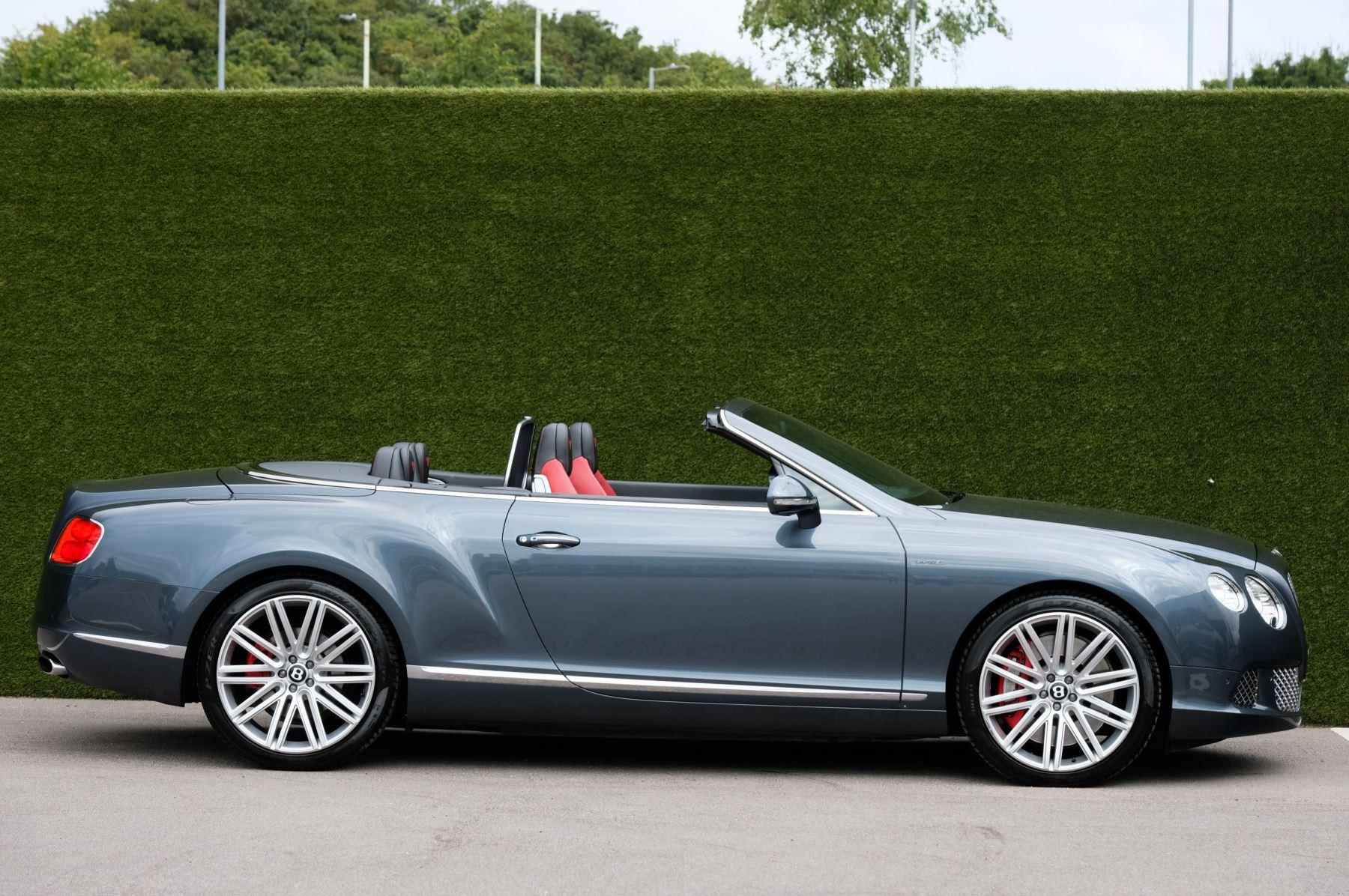 Bentley Continental GTC 6.0 W12 Speed - Massage Seats & Ventilation - Neck Warmer - Rear View Camera image 3