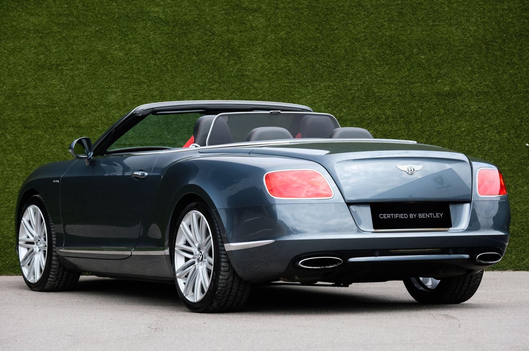 Bentley Continental GTC 6.0 W12 Speed - Massage Seats & Ventilation - Neck Warmer - Rear View Camera image 5