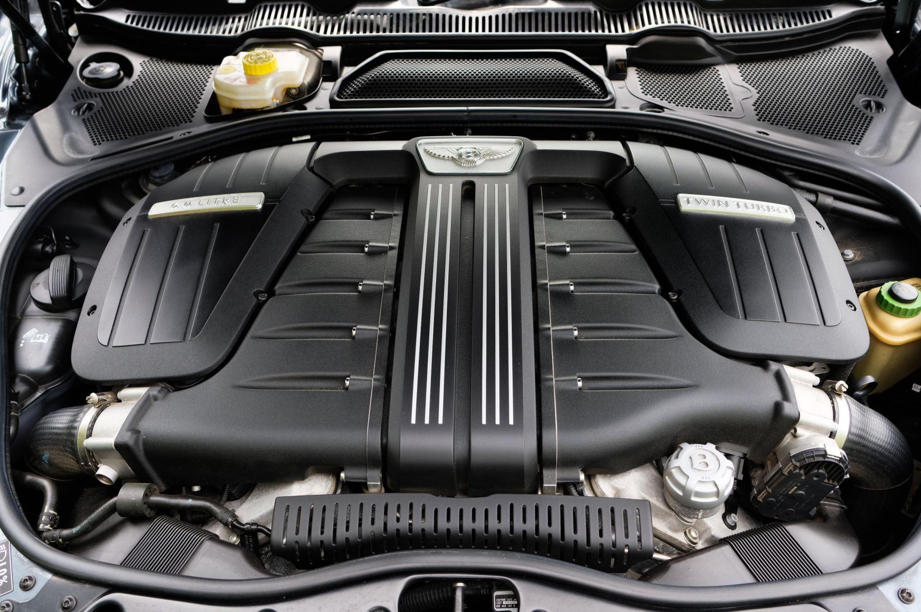 Bentley Continental GTC 6.0 W12 Speed - Massage Seats & Ventilation - Neck Warmer - Rear View Camera image 16