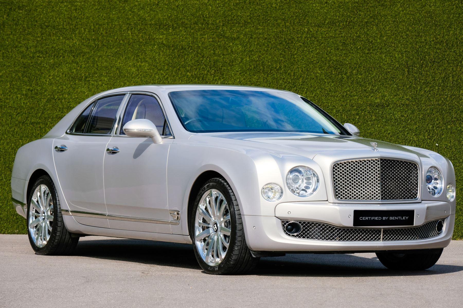 Bentley Mulsanne 6.8 V8 Mulliner Driving Spec - Naim For Bentley Premium Audio Automatic 4 door Saloon