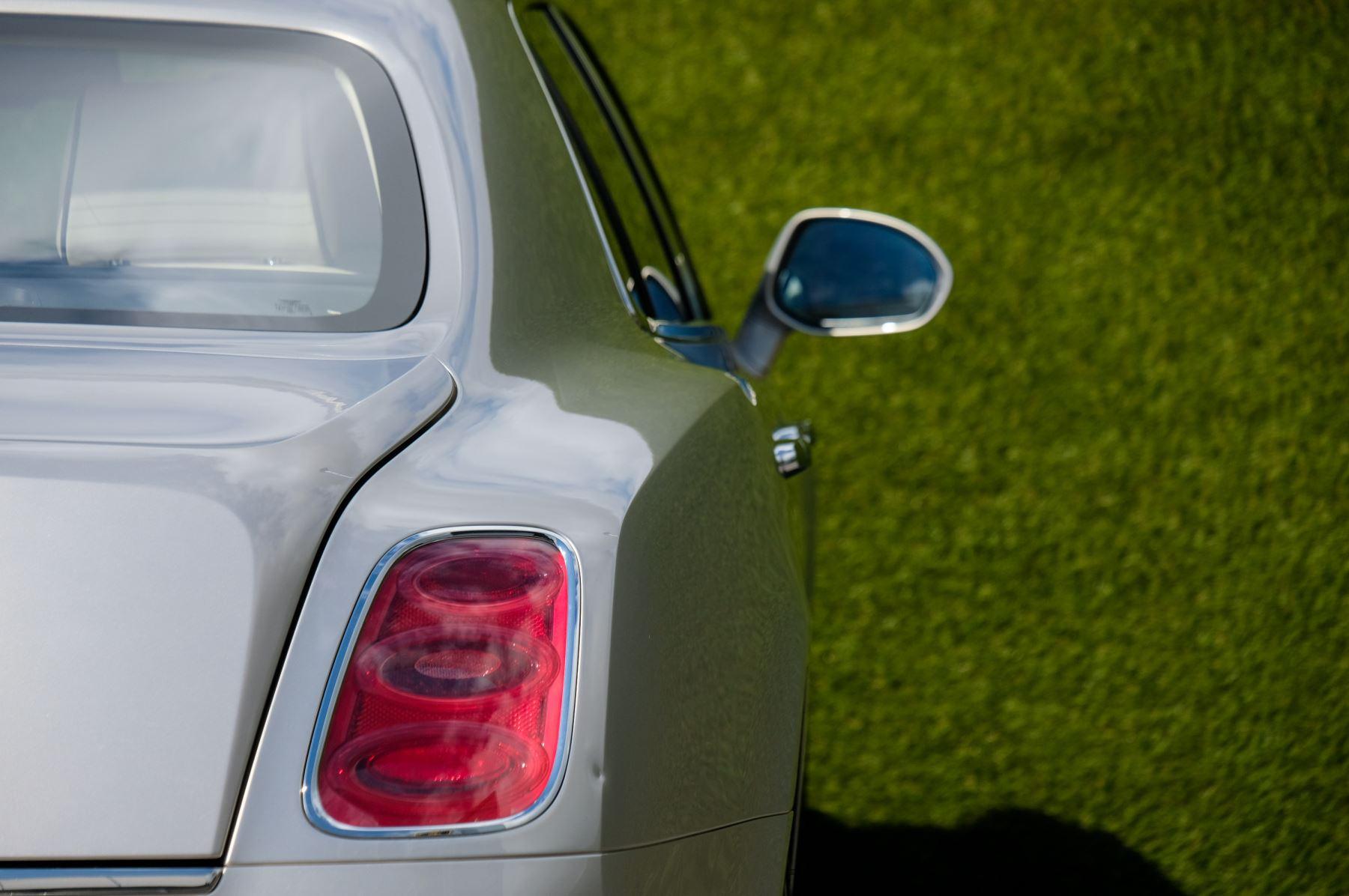Bentley Mulsanne 6.8 V8 Mulliner Driving Spec - Naim For Bentley Premium Audio image 8