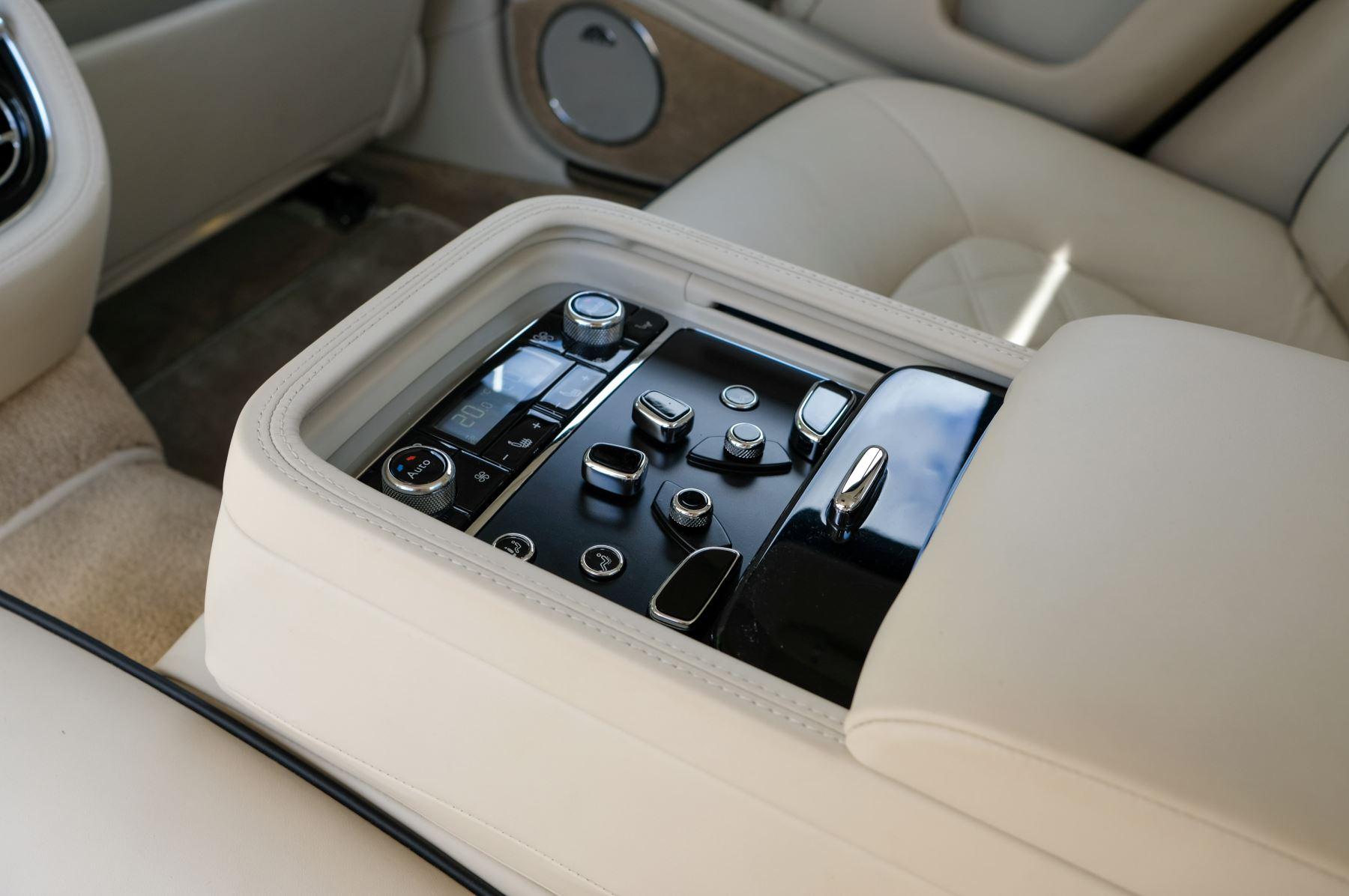 Bentley Mulsanne 6.8 V8 Mulliner Driving Spec - Naim For Bentley Premium Audio image 20