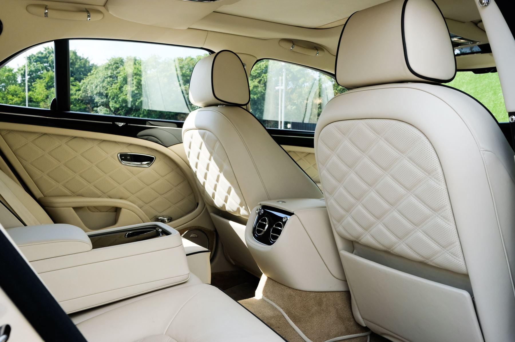 Bentley Mulsanne 6.8 V8 Mulliner Driving Spec - Naim For Bentley Premium Audio image 23