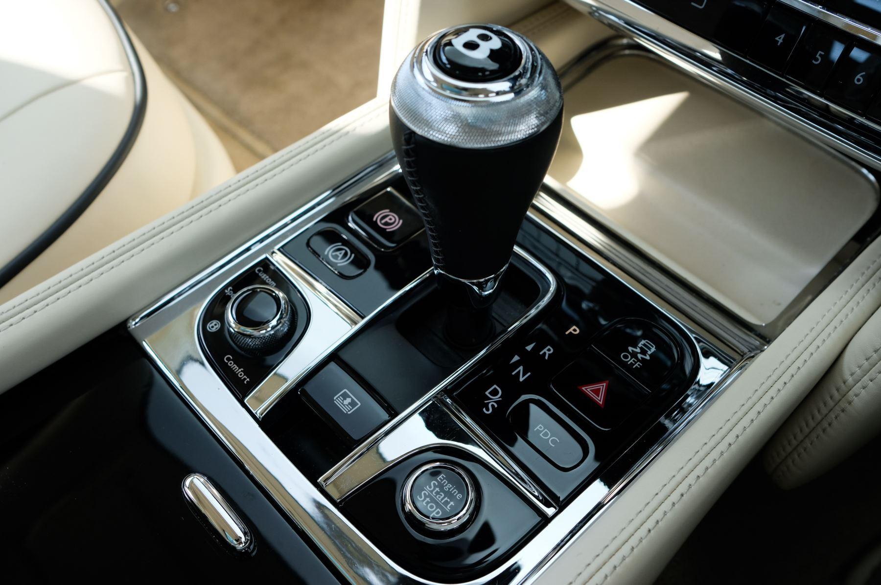 Bentley Mulsanne 6.8 V8 Mulliner Driving Spec - Naim For Bentley Premium Audio image 27