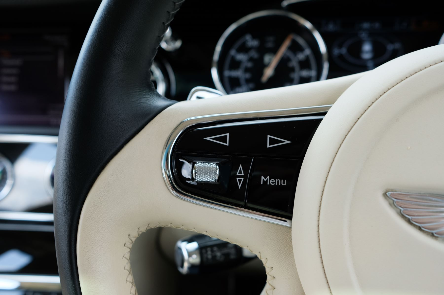 Bentley Mulsanne 6.8 V8 Mulliner Driving Spec - Naim For Bentley Premium Audio image 28