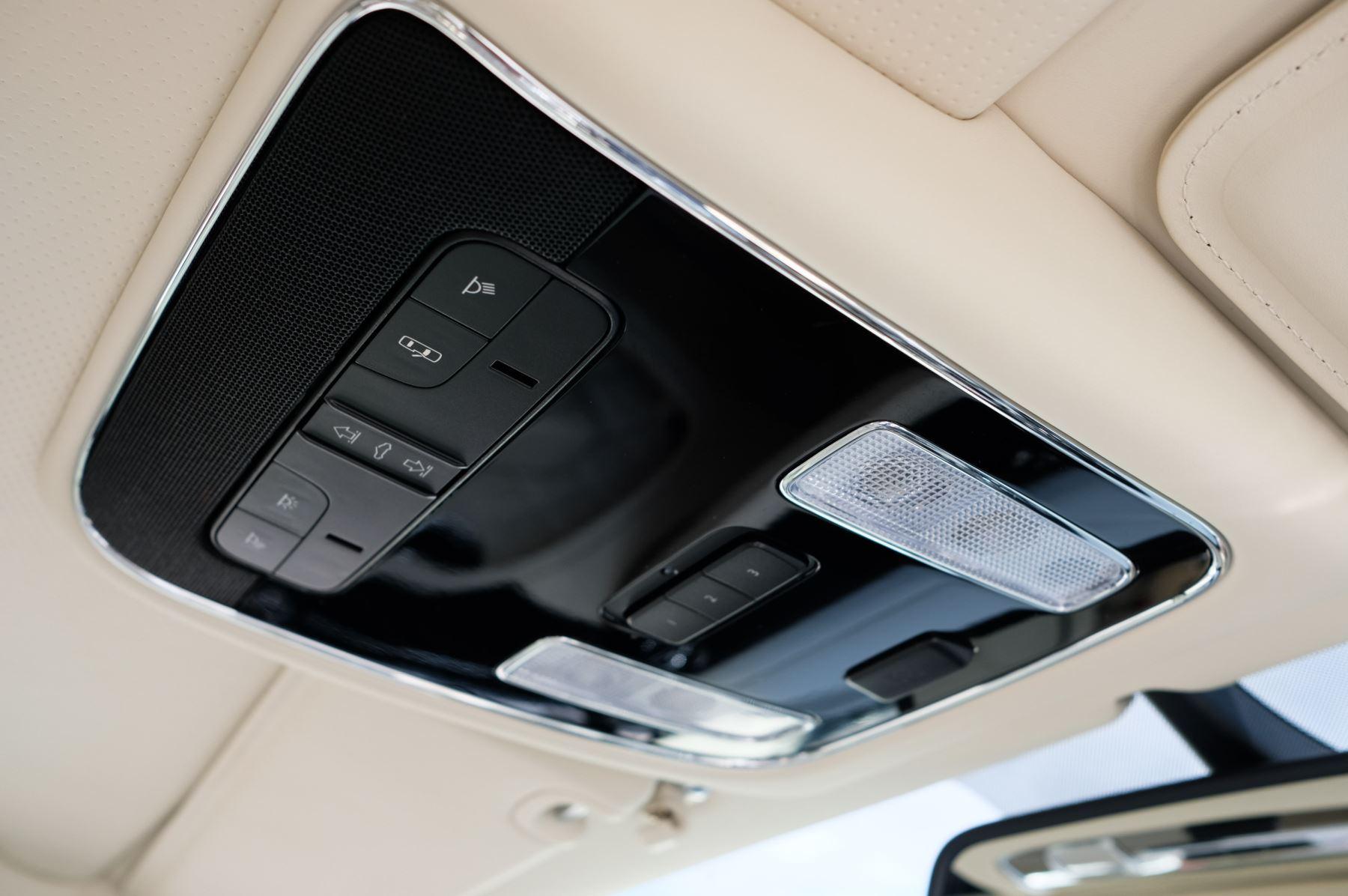 Bentley Mulsanne 6.8 V8 Mulliner Driving Spec - Naim For Bentley Premium Audio image 32
