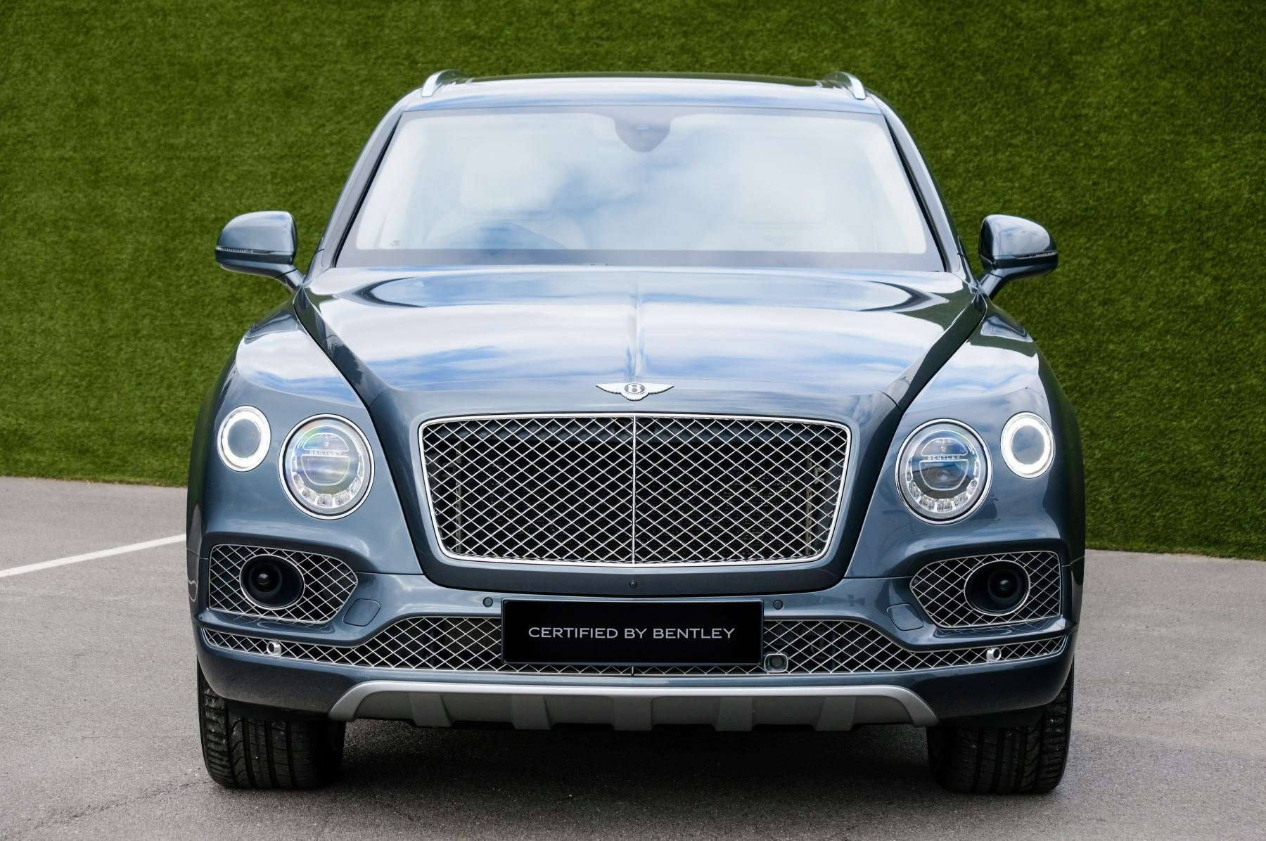 Bentley Bentayga 4.0 V8 5dr - Mulliner Driving Specification - City & Tour Specification image 2