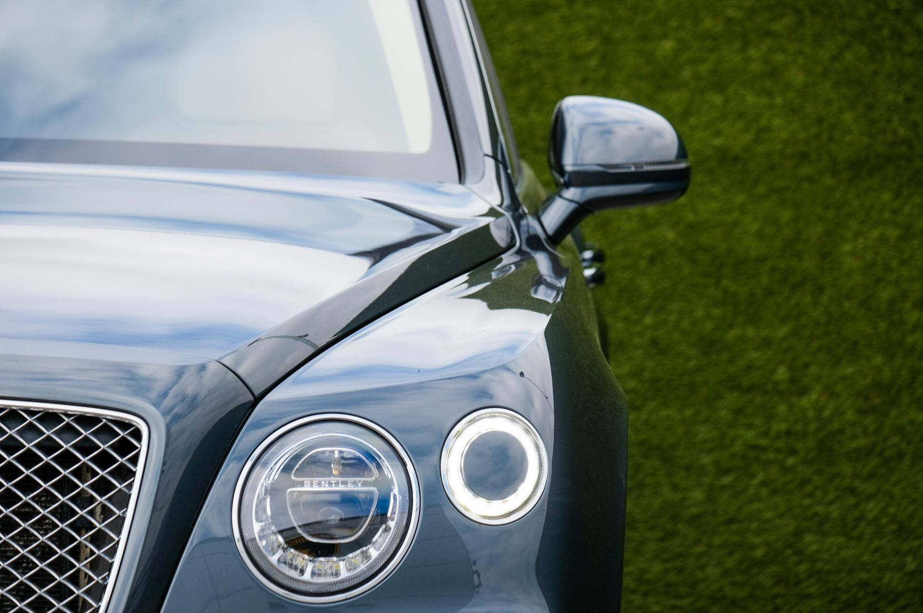 Bentley Bentayga 4.0 V8 5dr - Mulliner Driving Specification - City & Tour Specification image 6