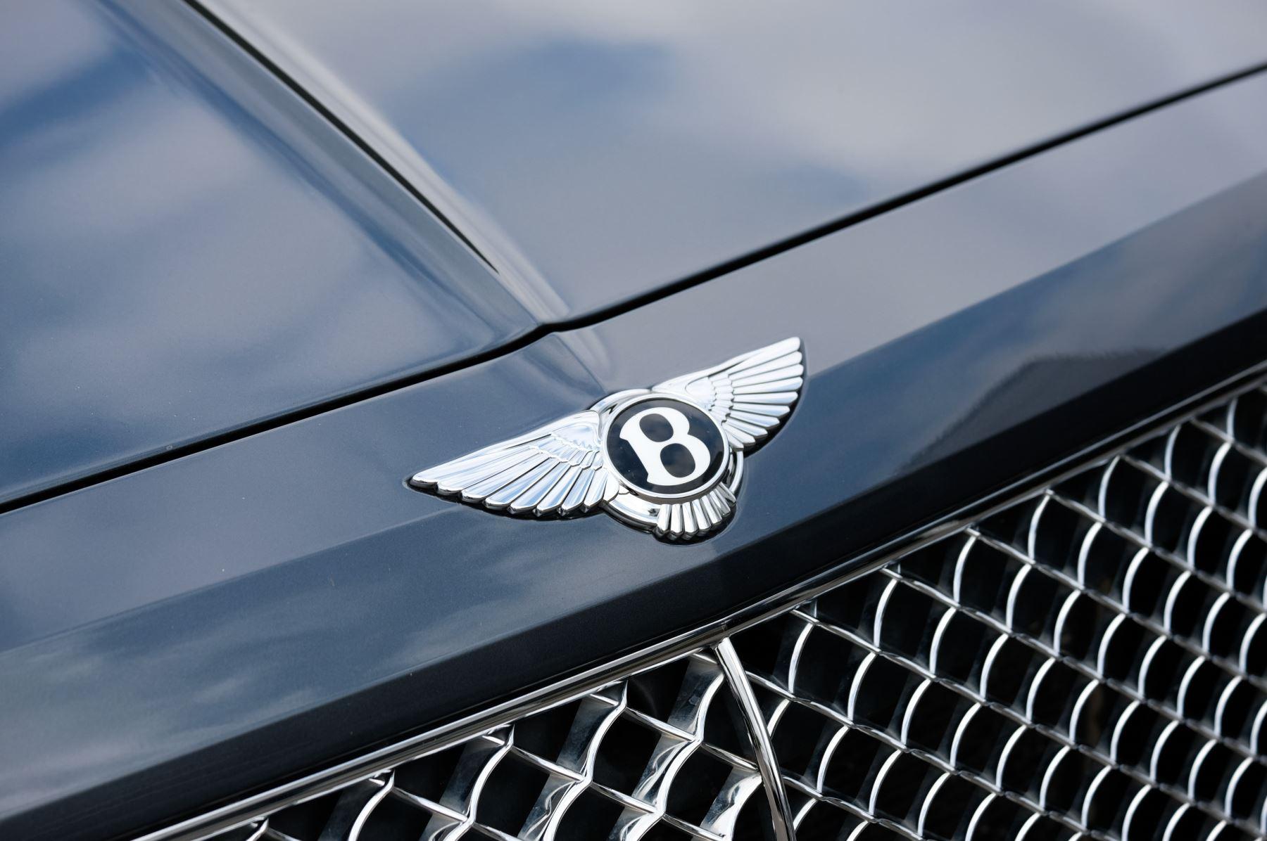 Bentley Bentayga 4.0 V8 5dr - Mulliner Driving Specification - City & Tour Specification image 7