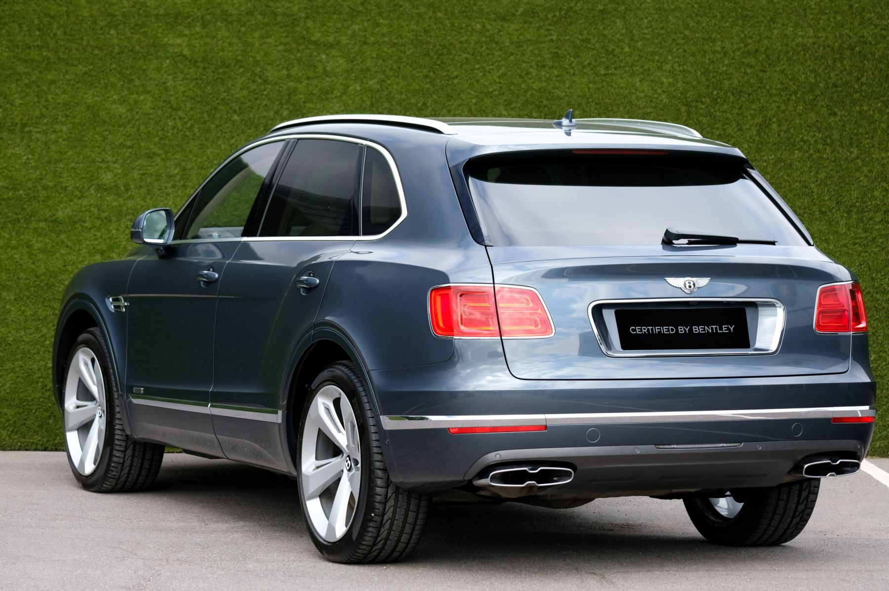 Bentley Bentayga 4.0 V8 5dr - Mulliner Driving Specification - City & Tour Specification image 5