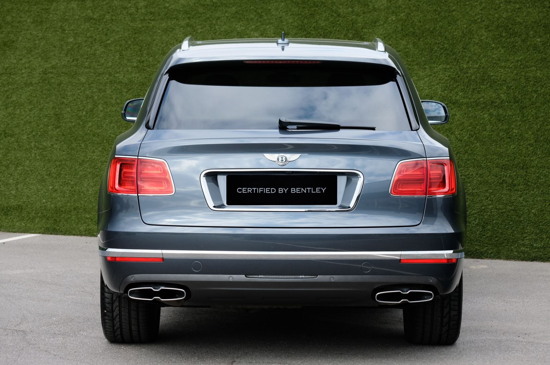 Bentley Bentayga 4.0 V8 5dr - Mulliner Driving Specification - City & Tour Specification image 4